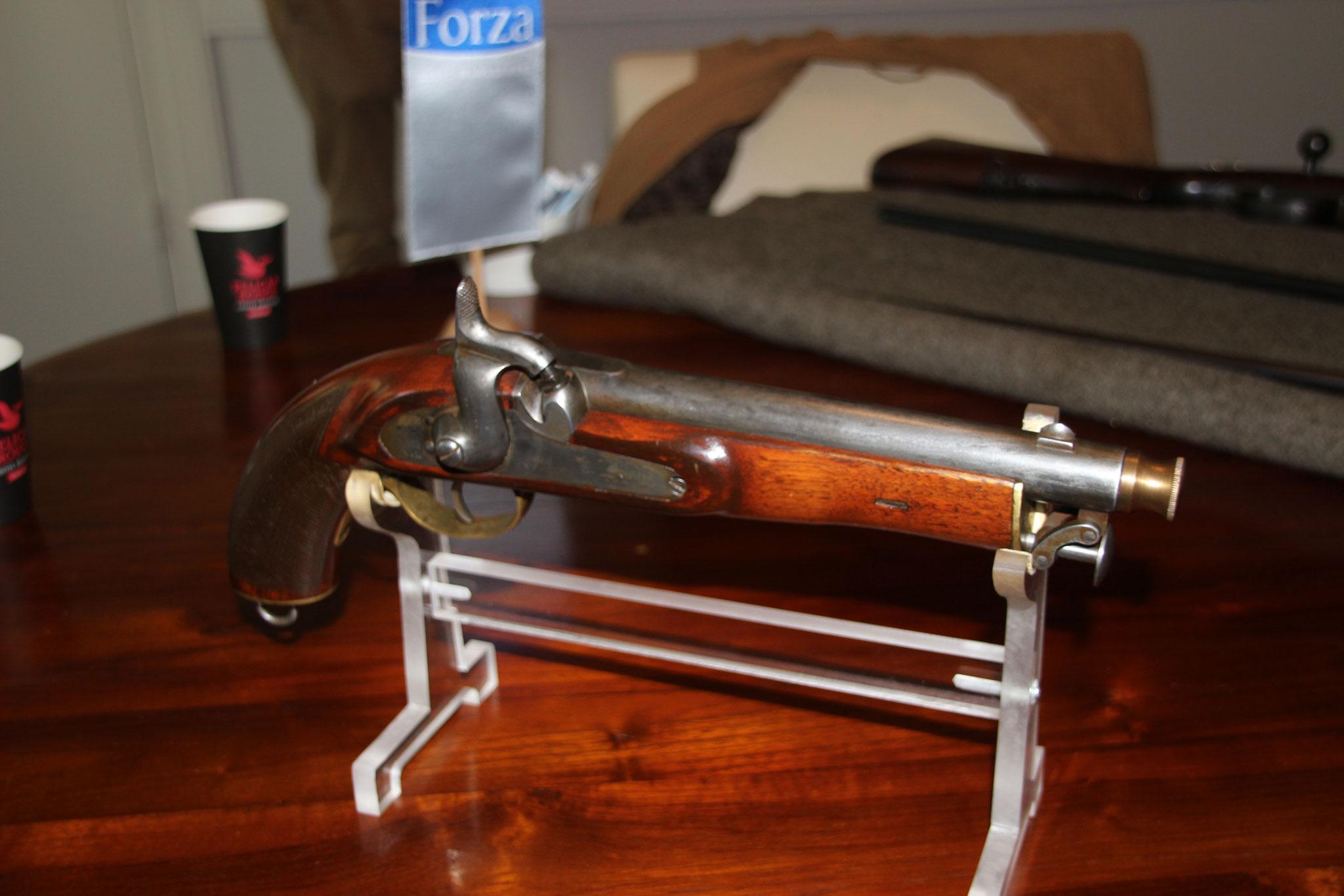 Engels 19de eeuws marine pistool