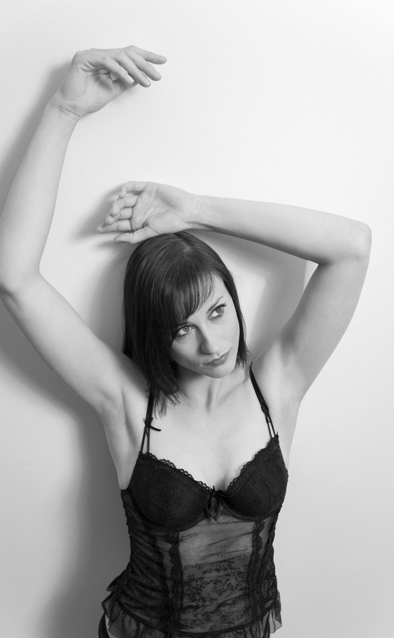 Moderne Photographie für erotische Bilder beim Aktfotografen in Erlangen - Boudoir und Erotik Shootings