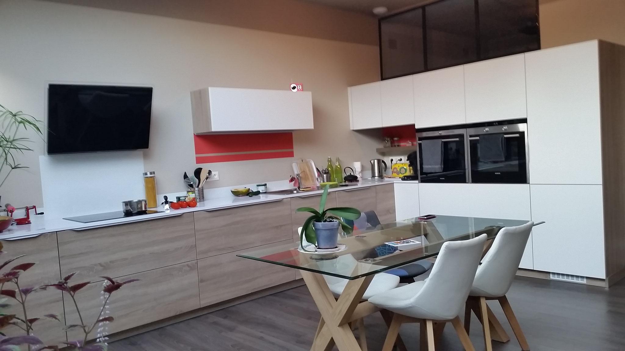 Cuisine formica marron for Cuisine interieur design