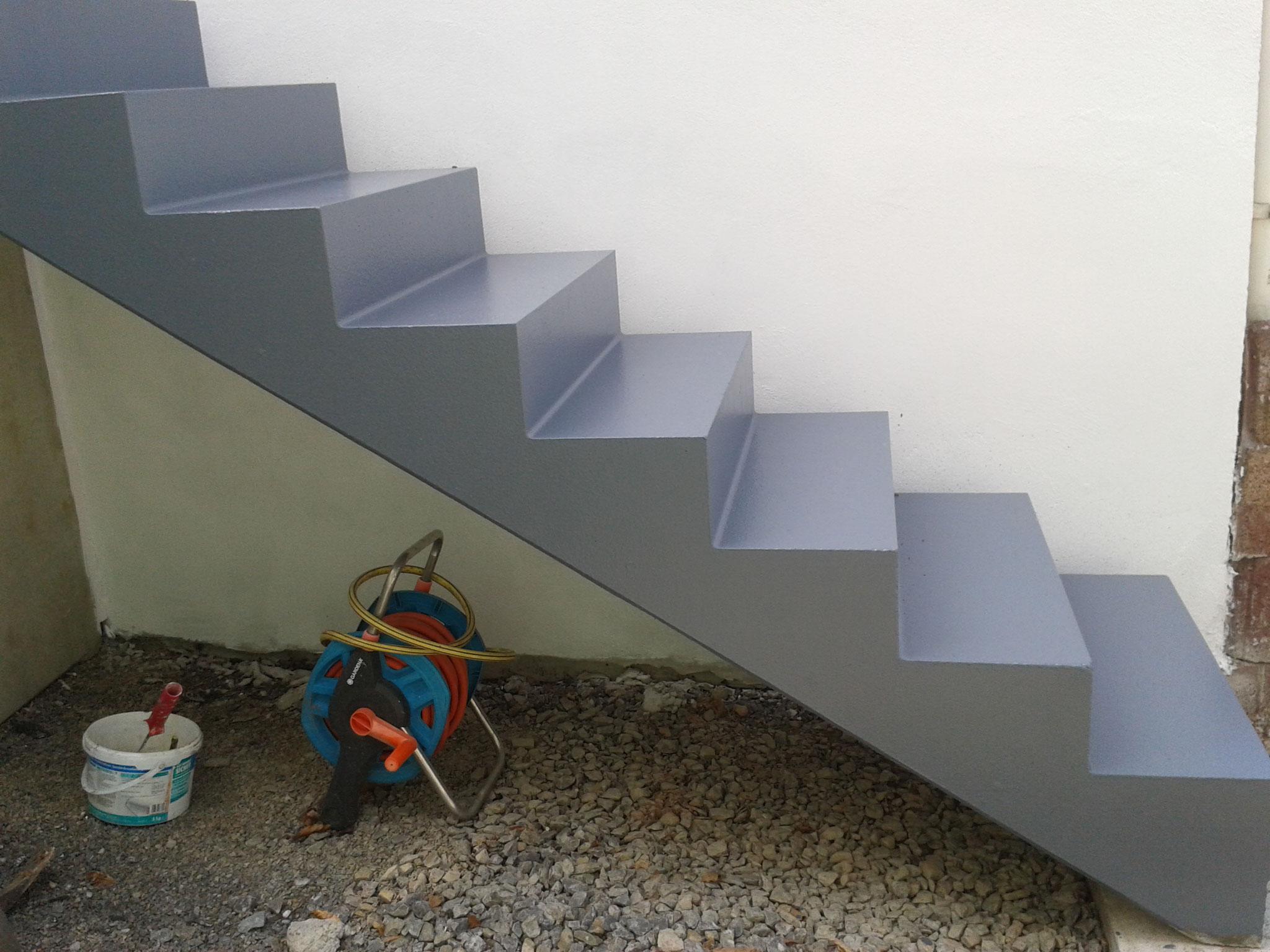 Antirutschfarbe Treppe Safekote Basaltgrau - © Thiele