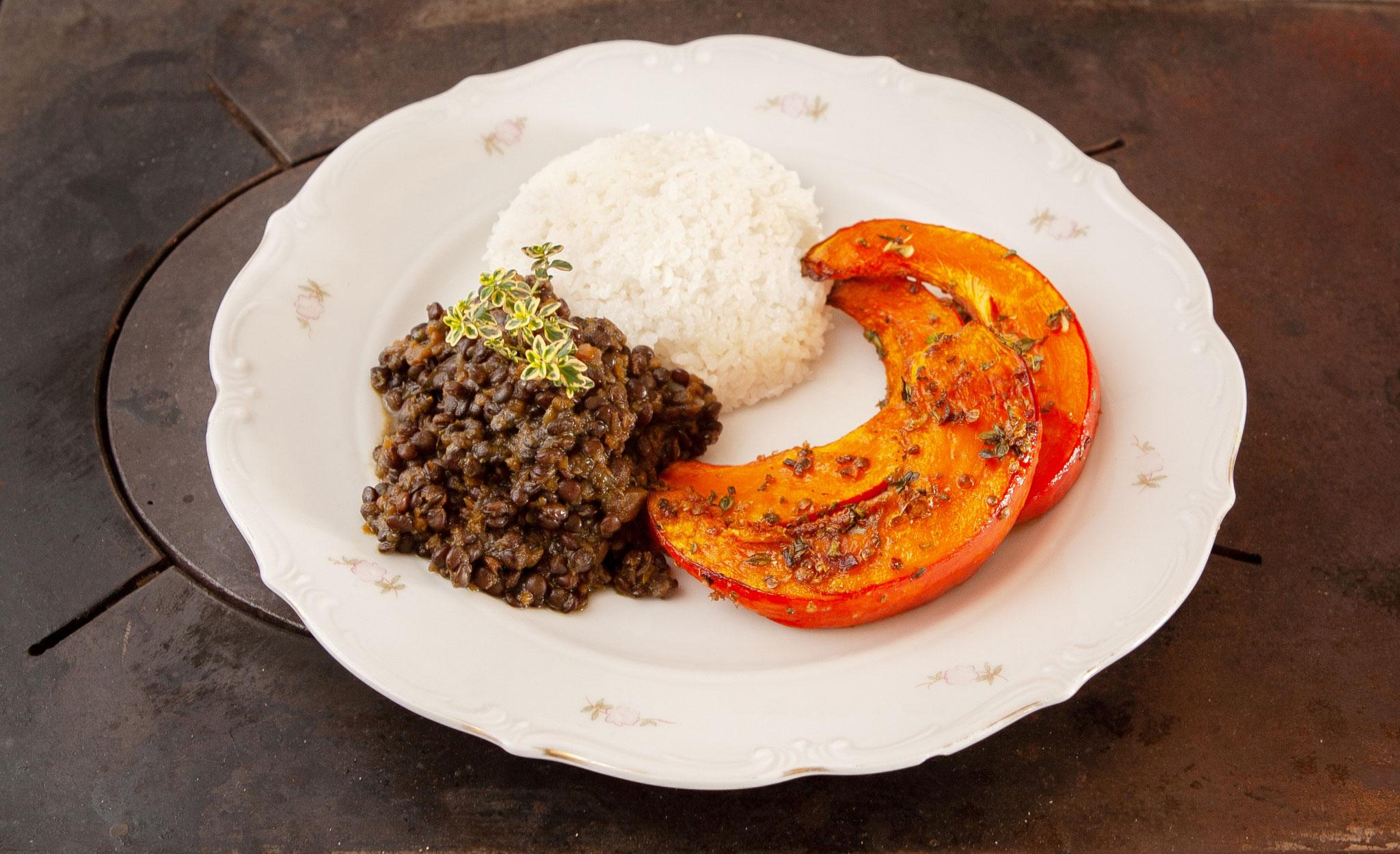 Nahrhaftes ayurvedisches Essen