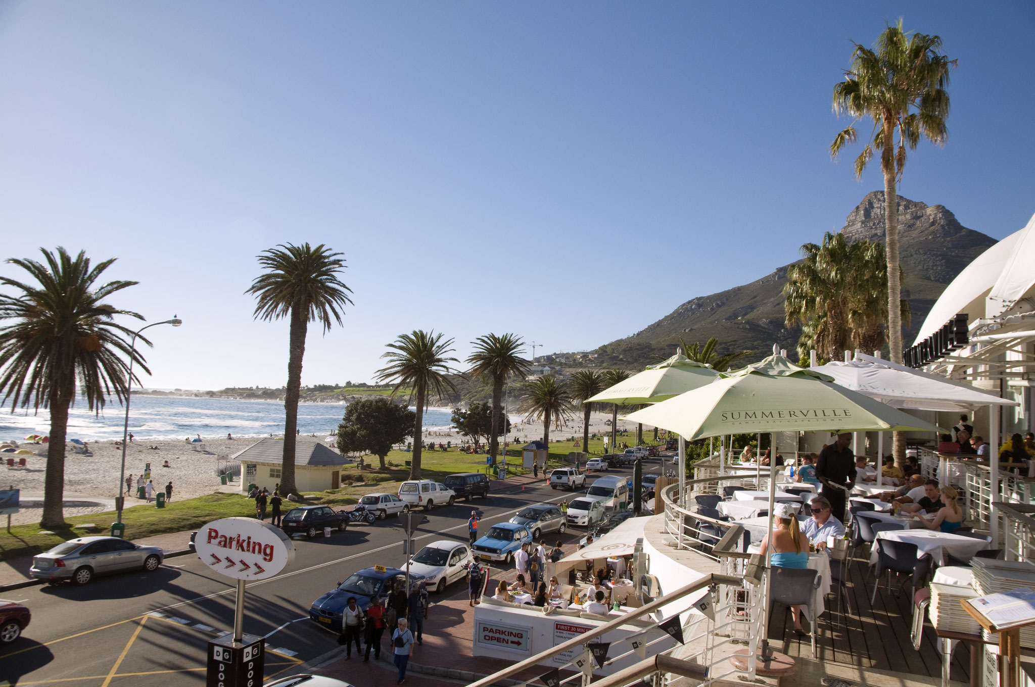 Strassencafé in Camps Bay