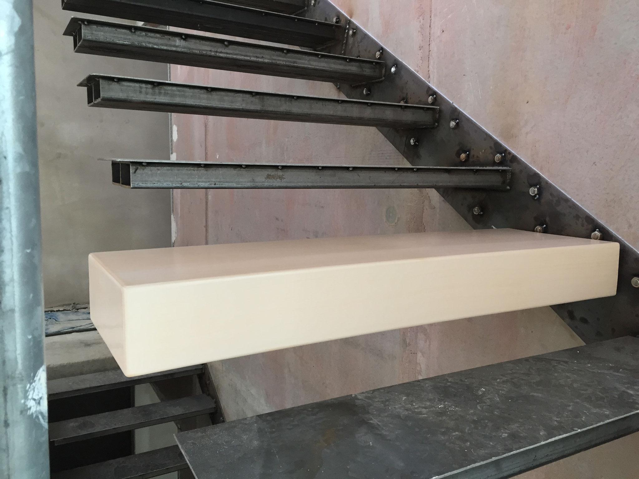 neuentwicklung jetzt auch treppenstufen aus keramik an treppenbau. Black Bedroom Furniture Sets. Home Design Ideas
