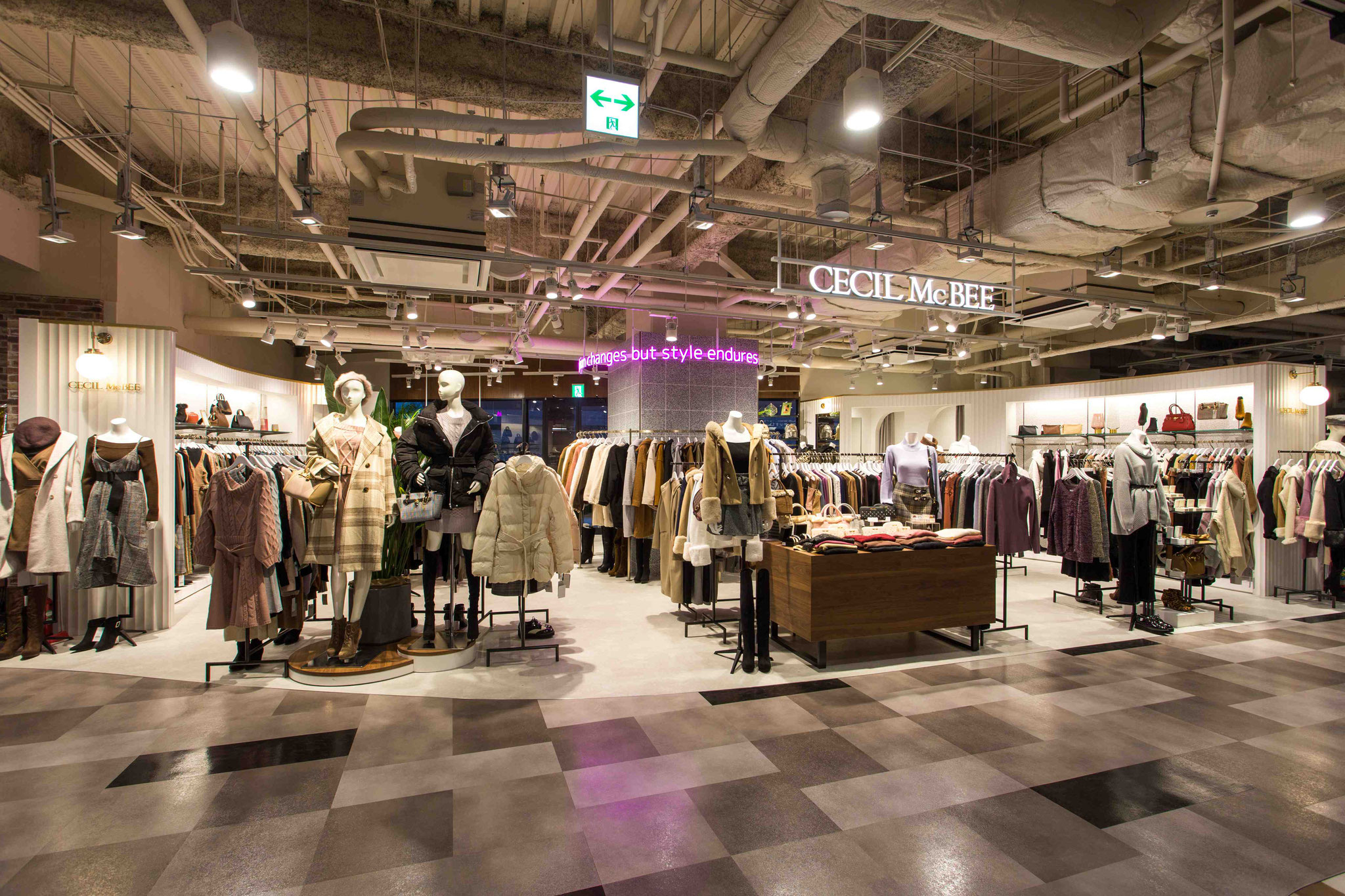 CECILMcBEE キャナルシティOPA店様【新装/施工】