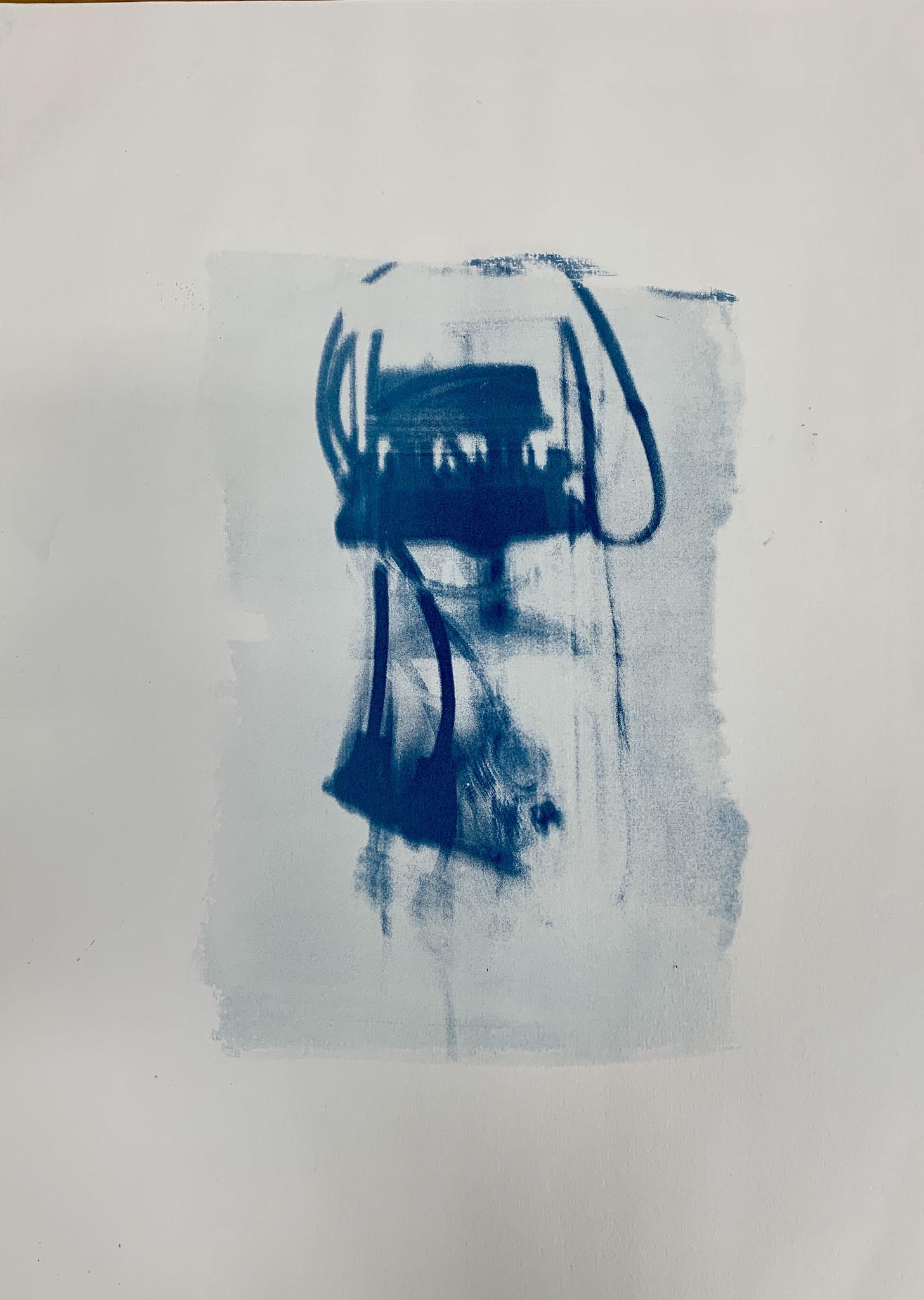 Lampenvariationen Pt.3, Cyanotypie, 50 x 70 cm,  2020