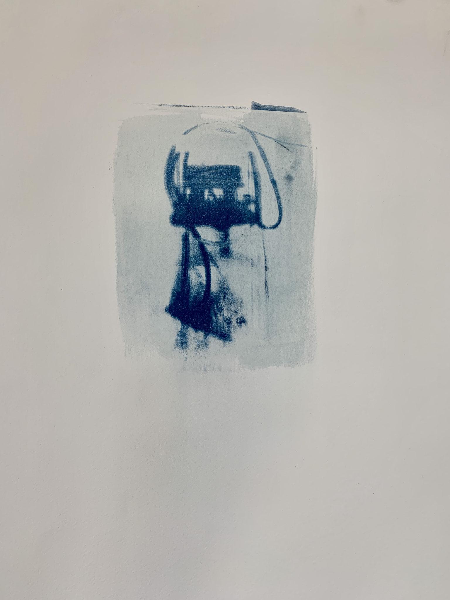 Lampenvariationen Pt.1, Cyanotypie, 40 x 50 cm,  2020
