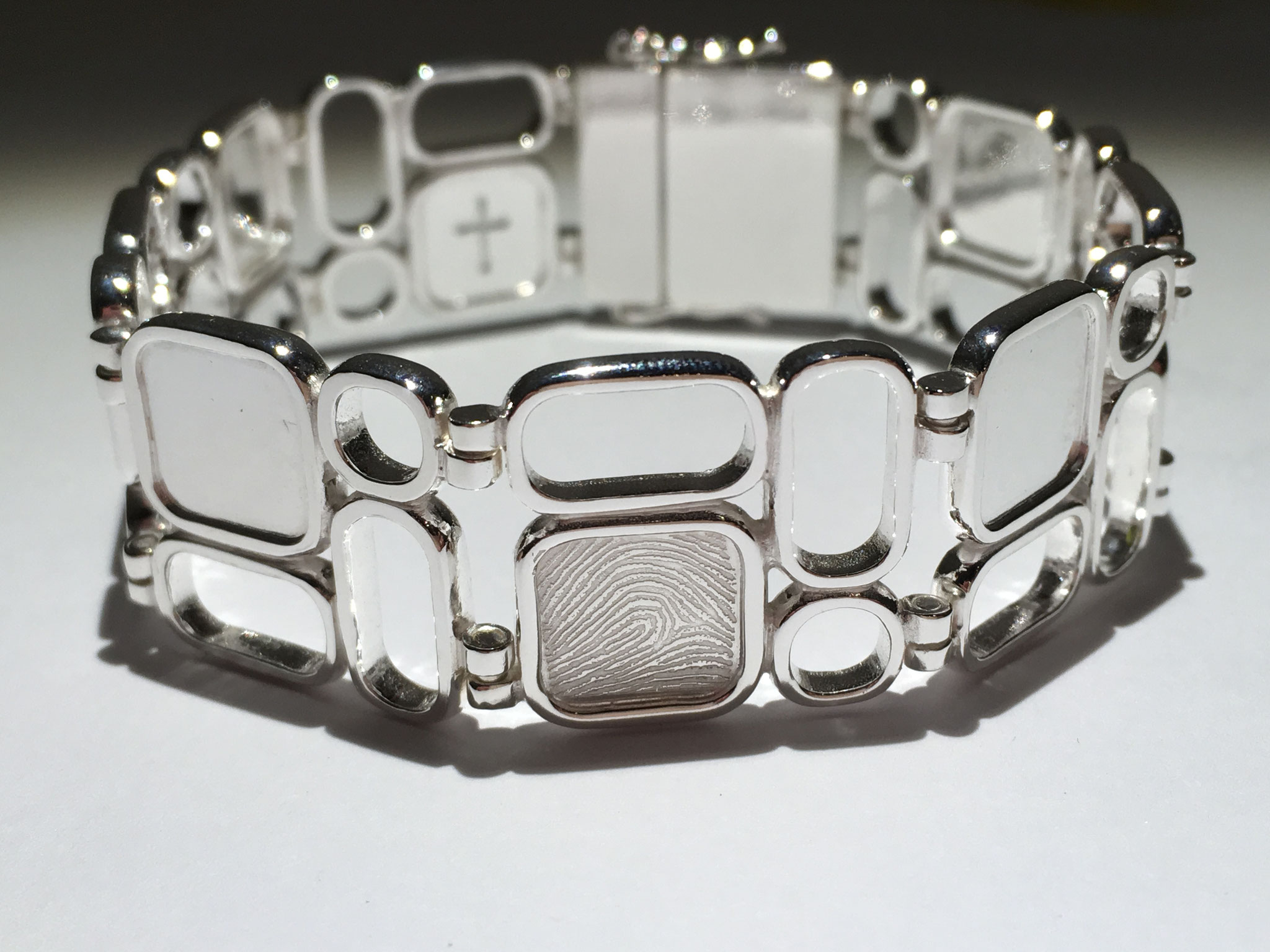 Armband, in opdracht.