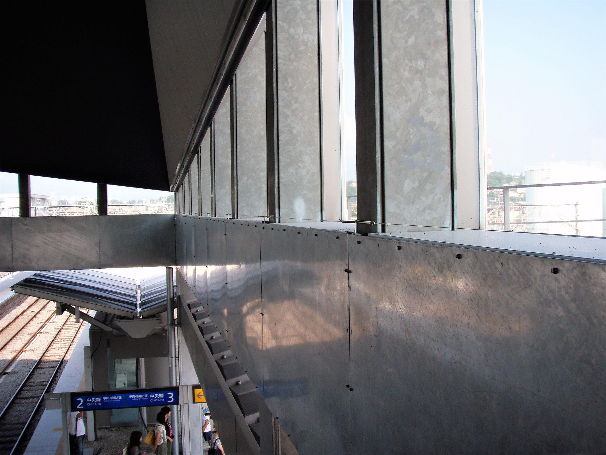JR中央線 竜王駅  / 山梨県甲斐市/2008.3.24