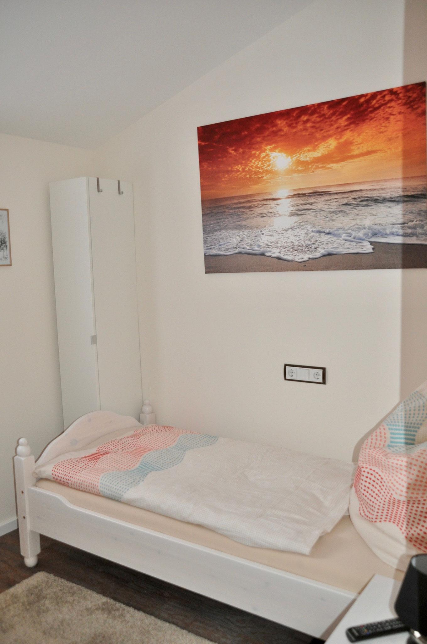 Bett Zimmer 1