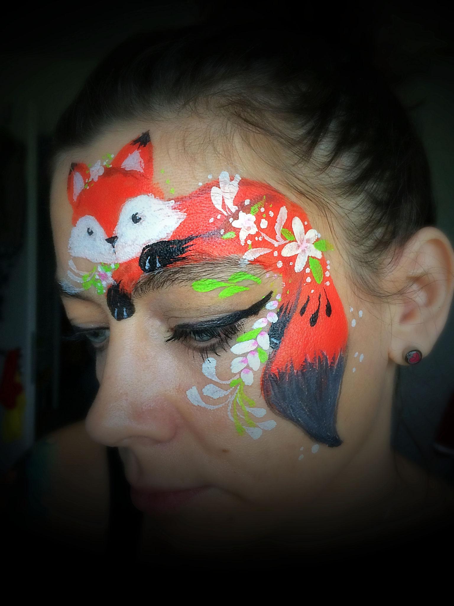 Ein Fuchs mit DFX-Kinderschminkfarben gemalt