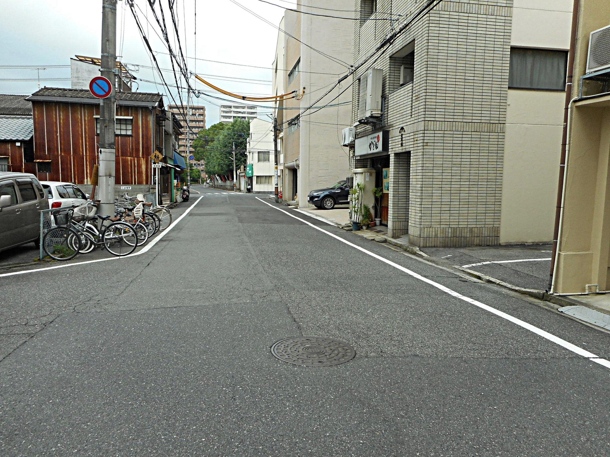 各駐車場前道路