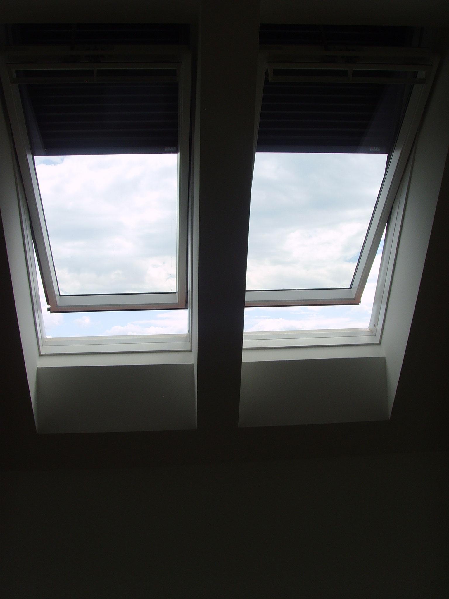 Dachfenster mit Jalousie