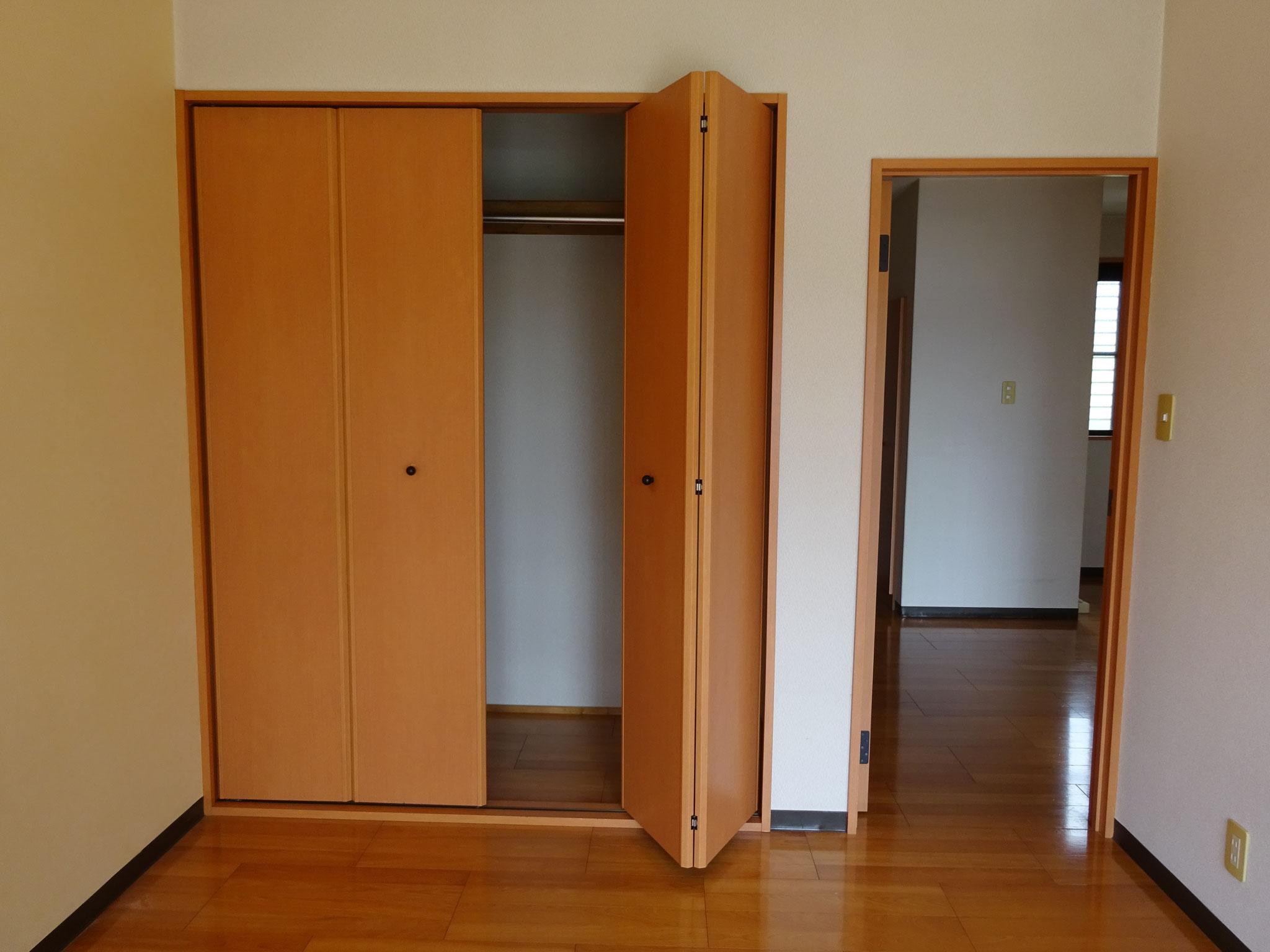 洋室② クローゼット