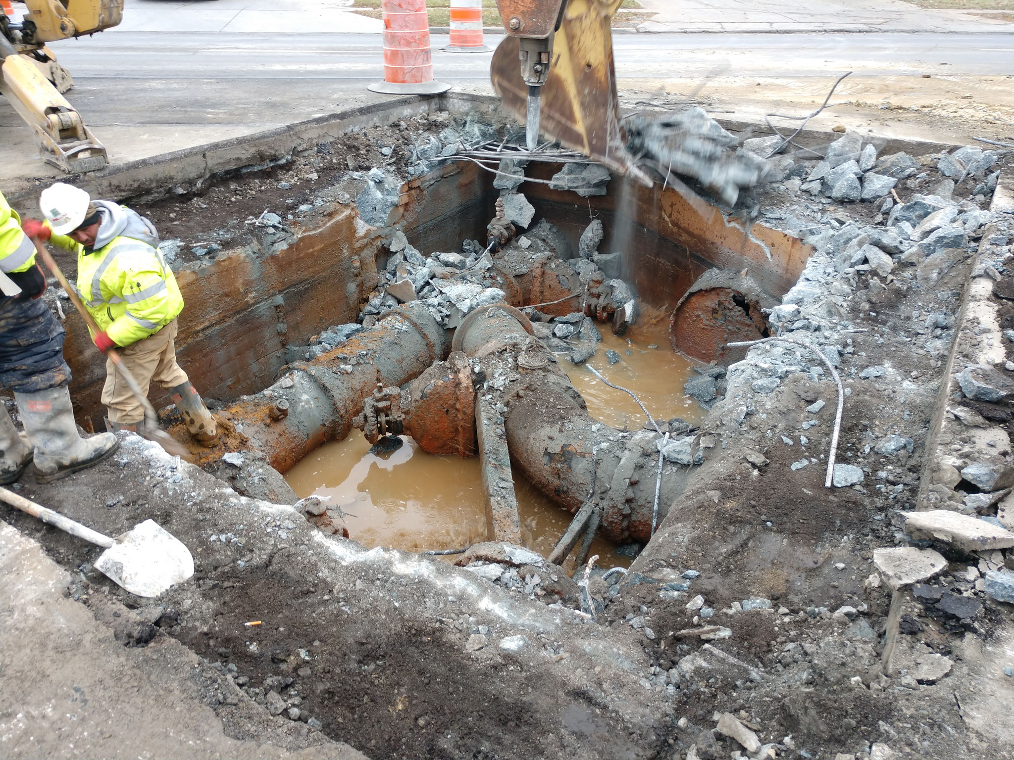 Demolition of inter-city water main transmission line