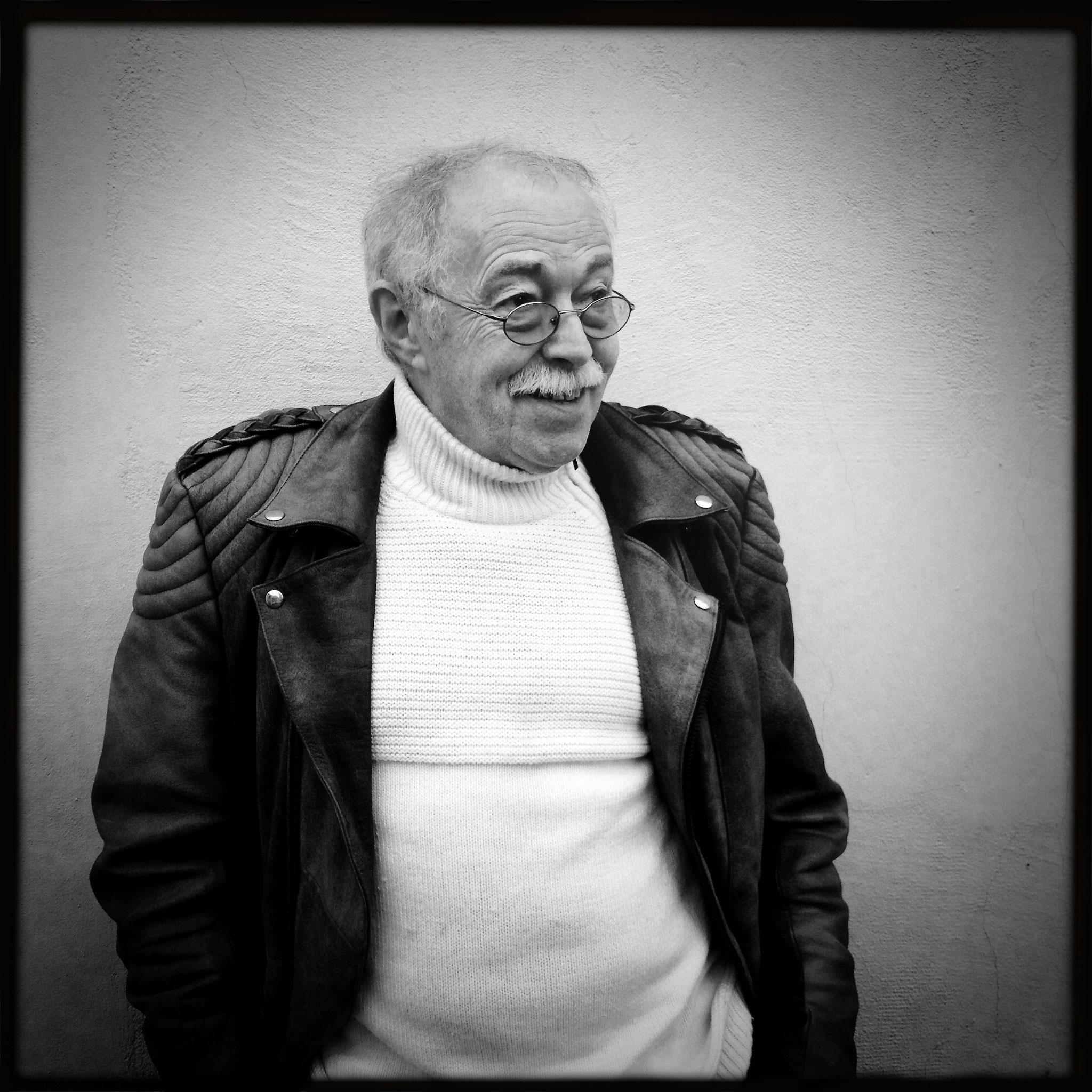luke haas, musician & comic expert (+)