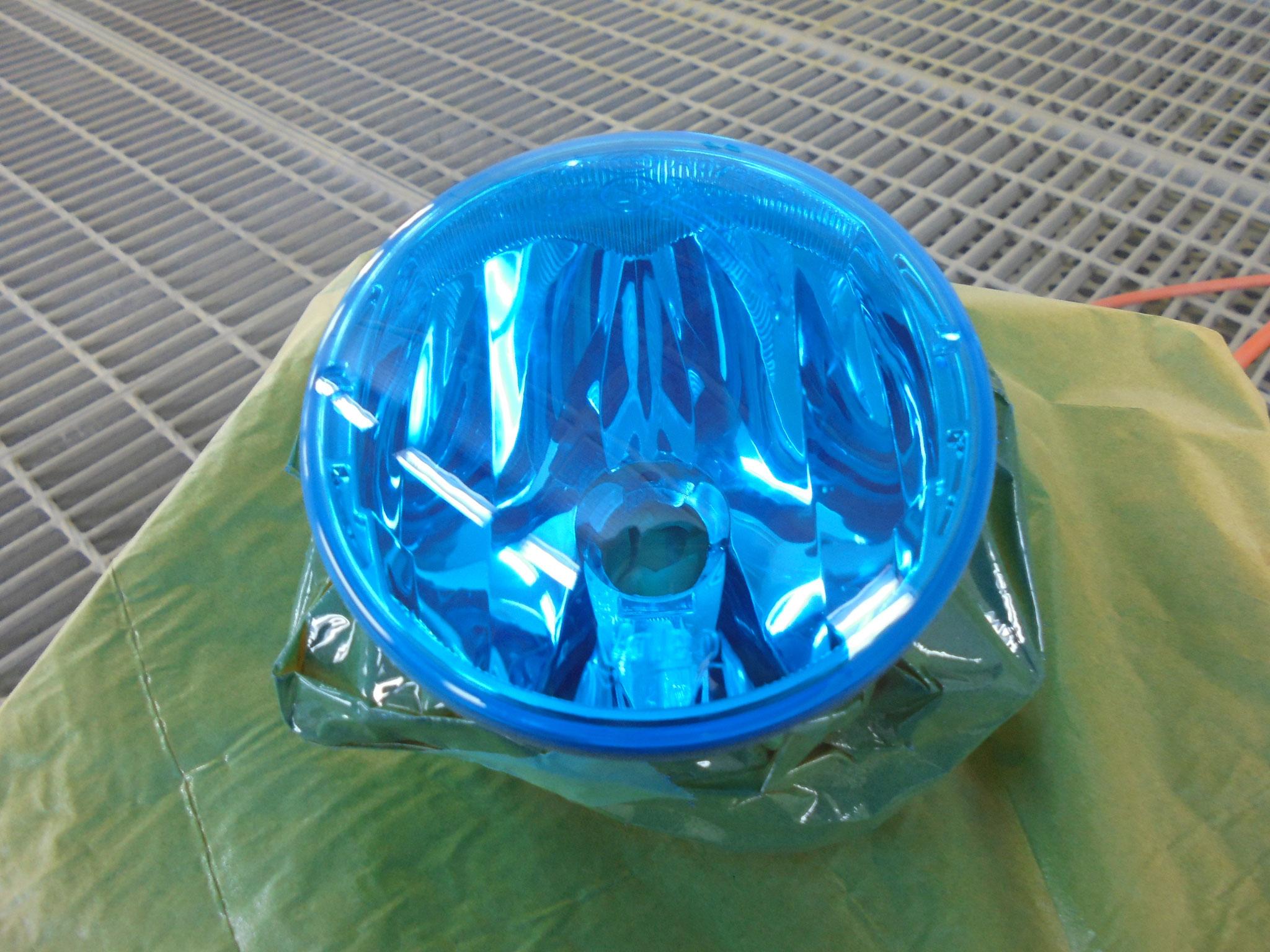 フォグランプは透明感!!ブルーがGOOD