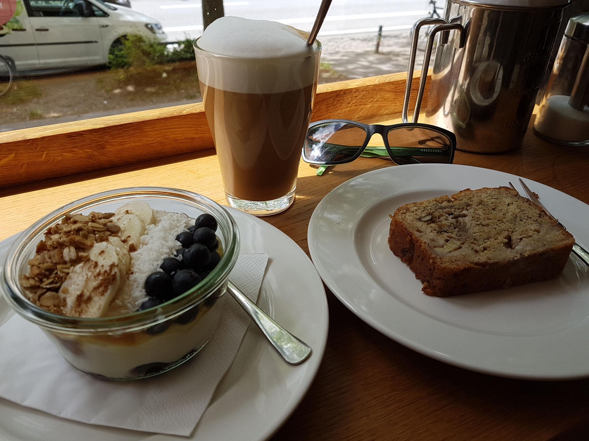 Leckeres Frühstück auswärts im happen.pappen in Hamburg