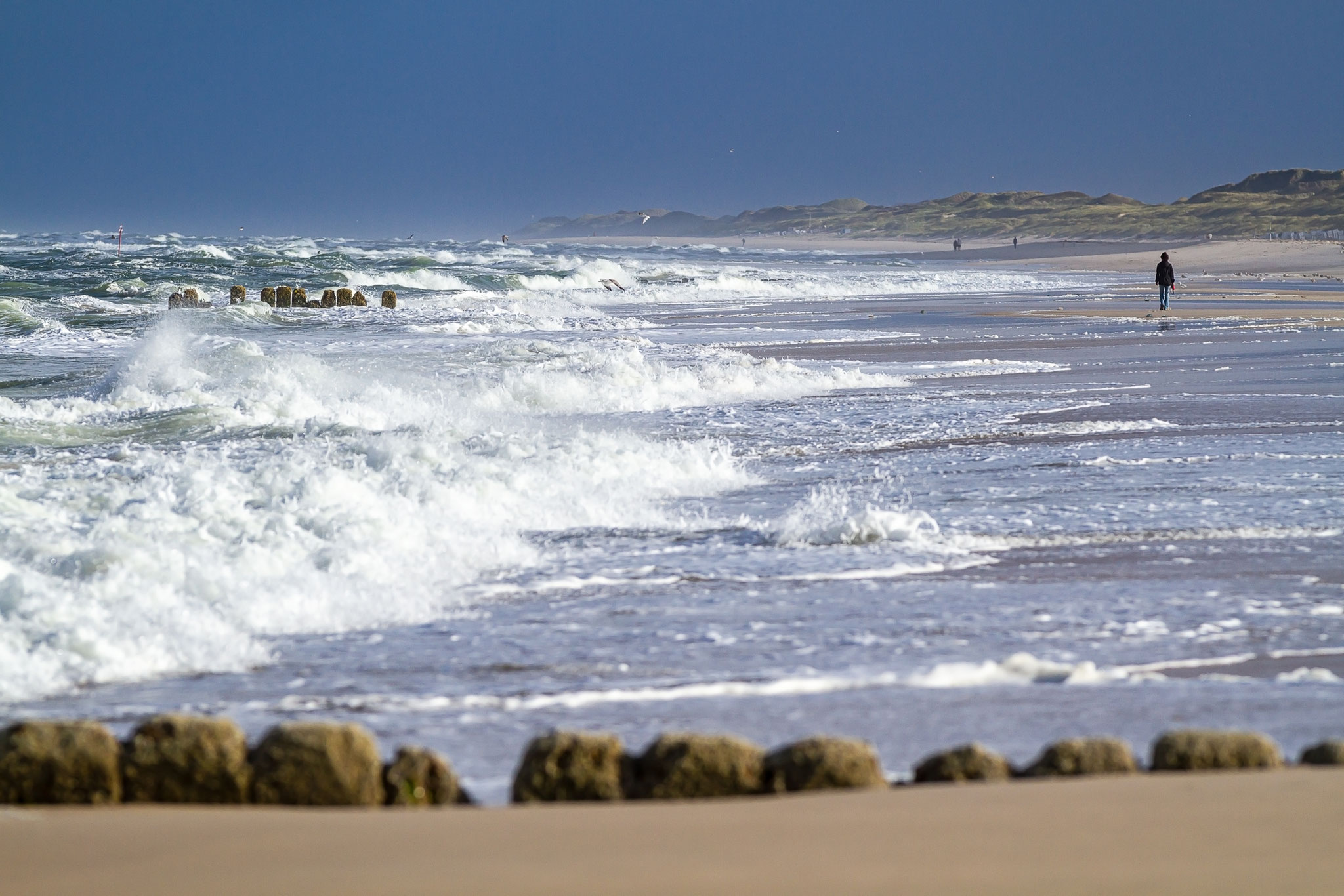 Das tosende Meer im Sommer auf Sylt.