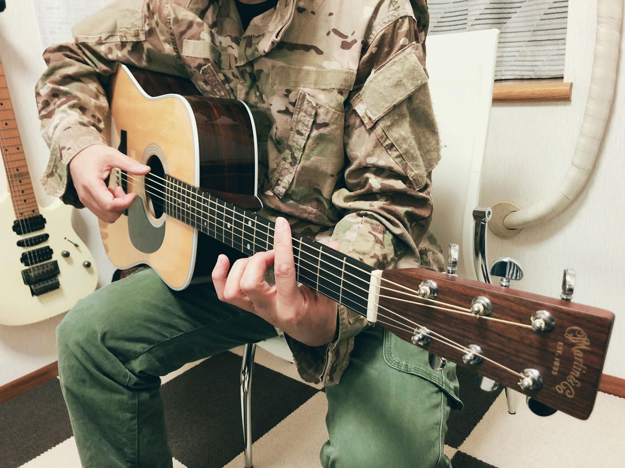 ソロギター演奏中