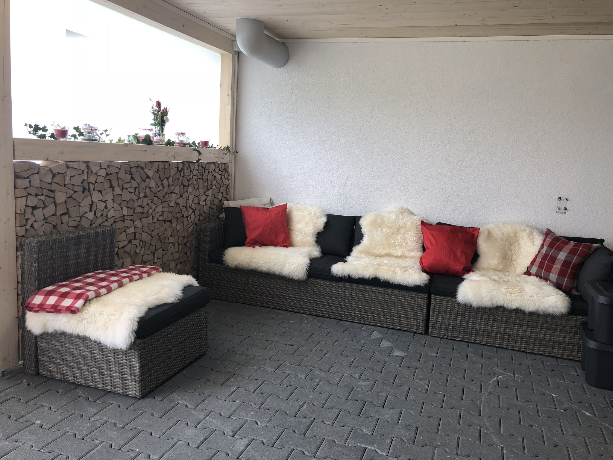 Lounge bei Unterstand Nord