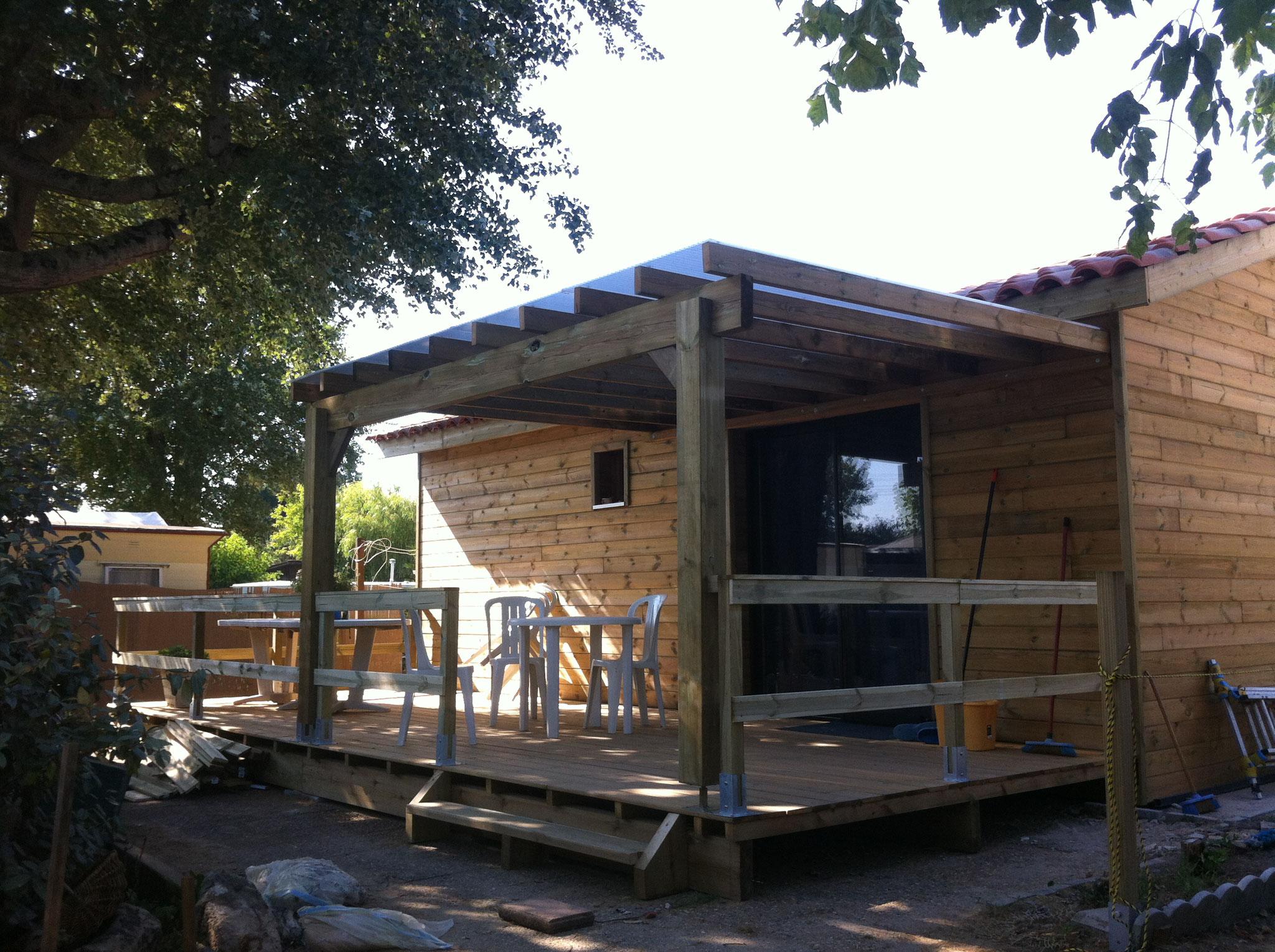 accueil happy home 33 construction maisons bois en gironde. Black Bedroom Furniture Sets. Home Design Ideas