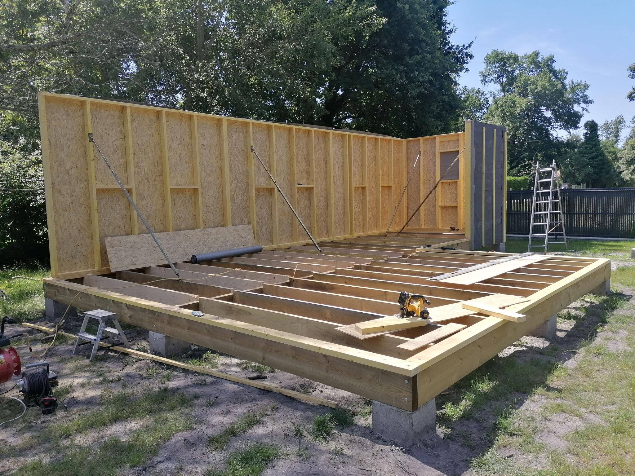 Fabrication et levage des murs