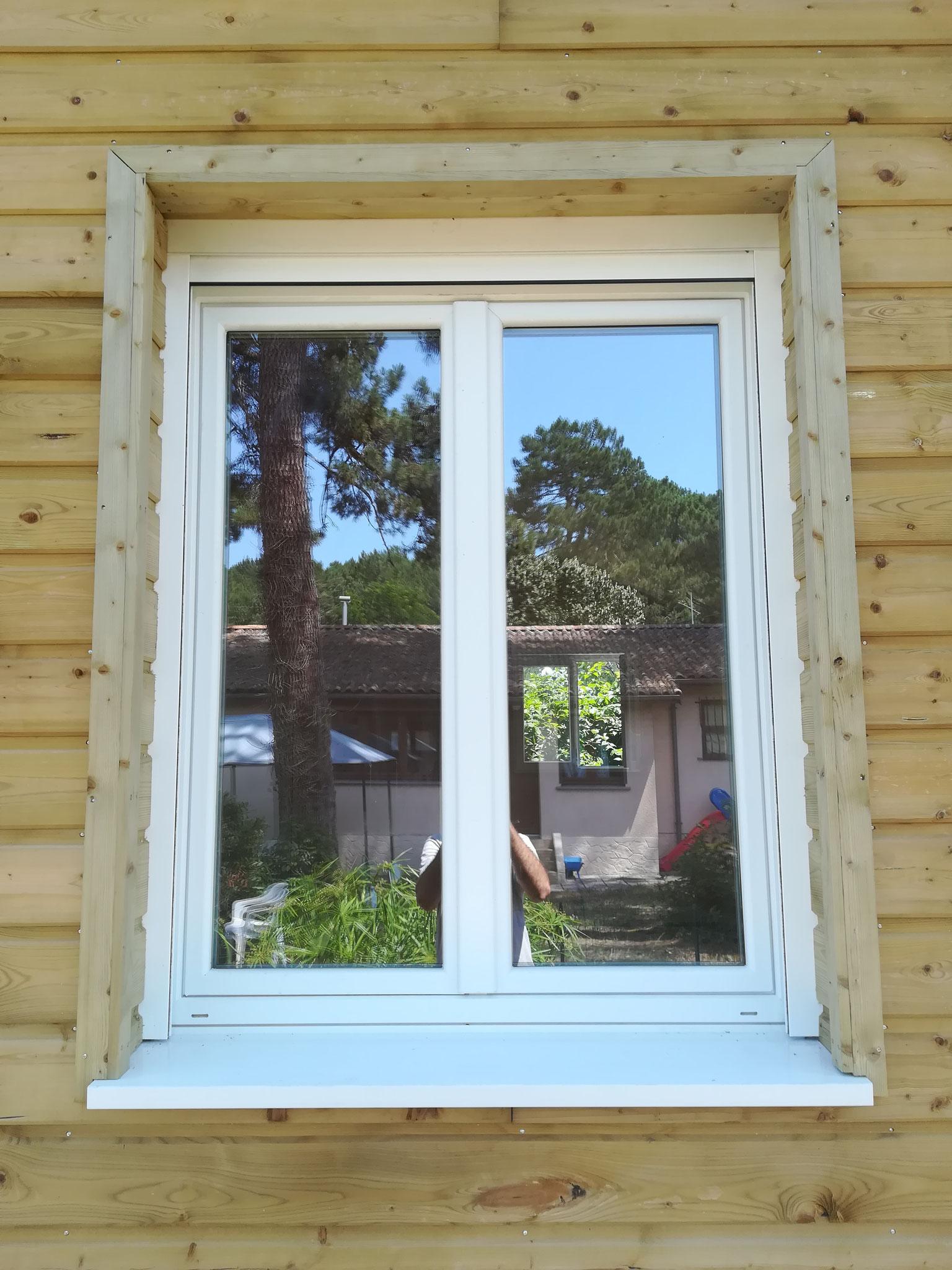 Détail finition entourage fenêtre