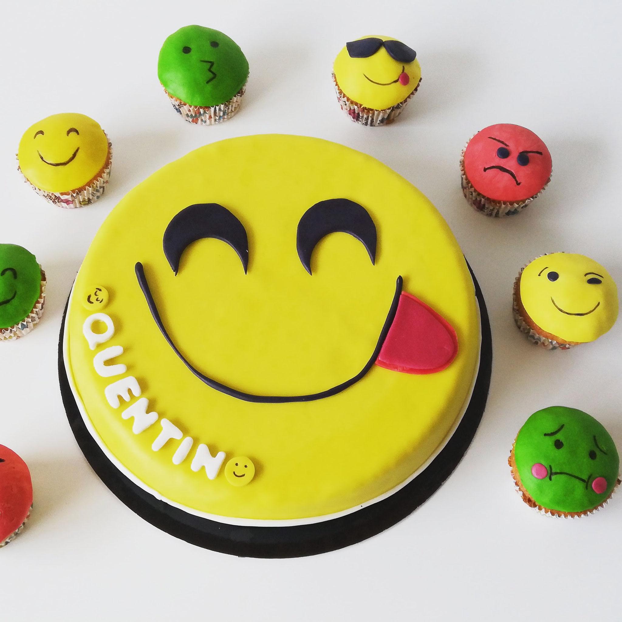Gâteau smiley emoji