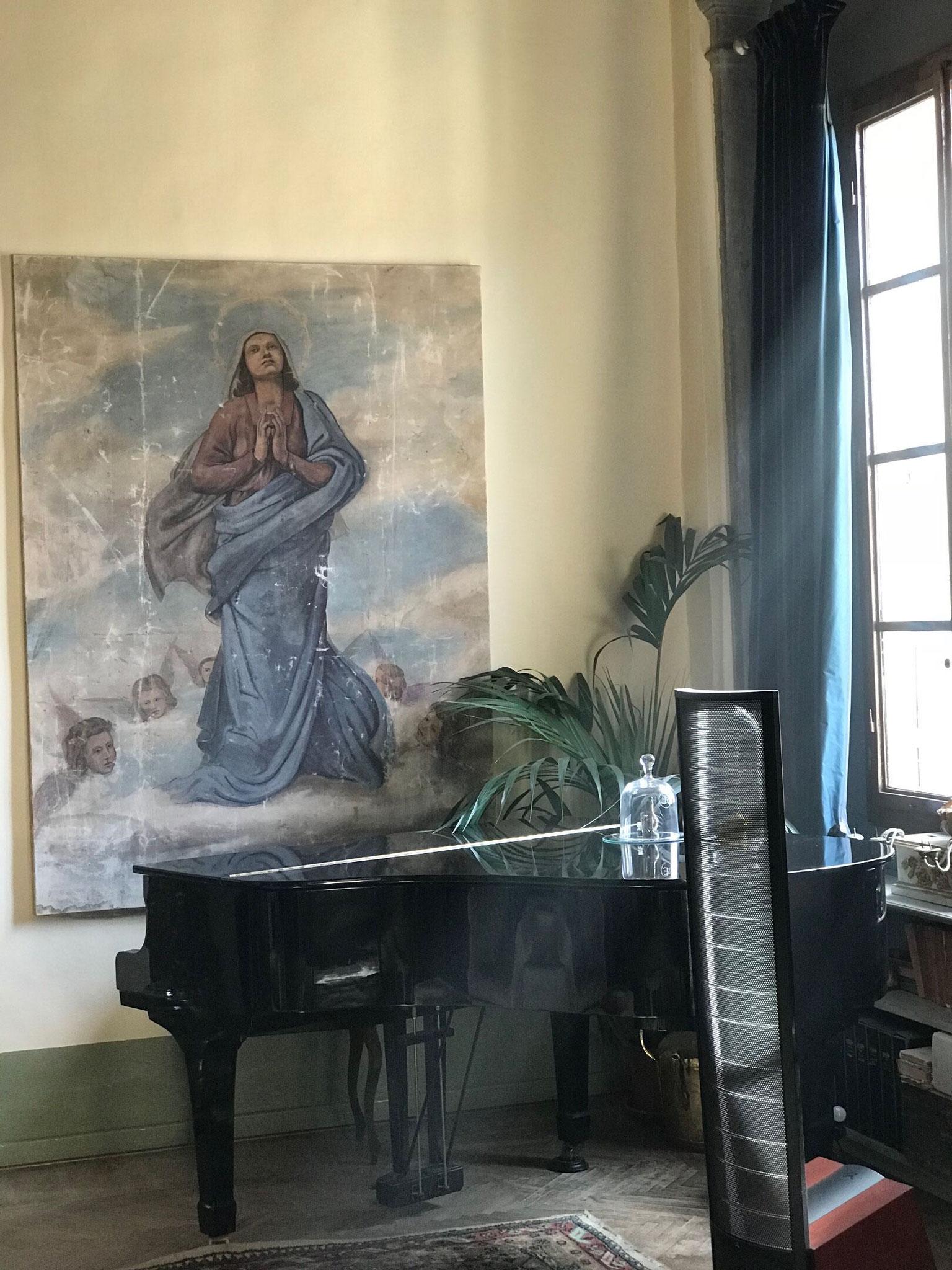 ルネッサンス期のような部屋