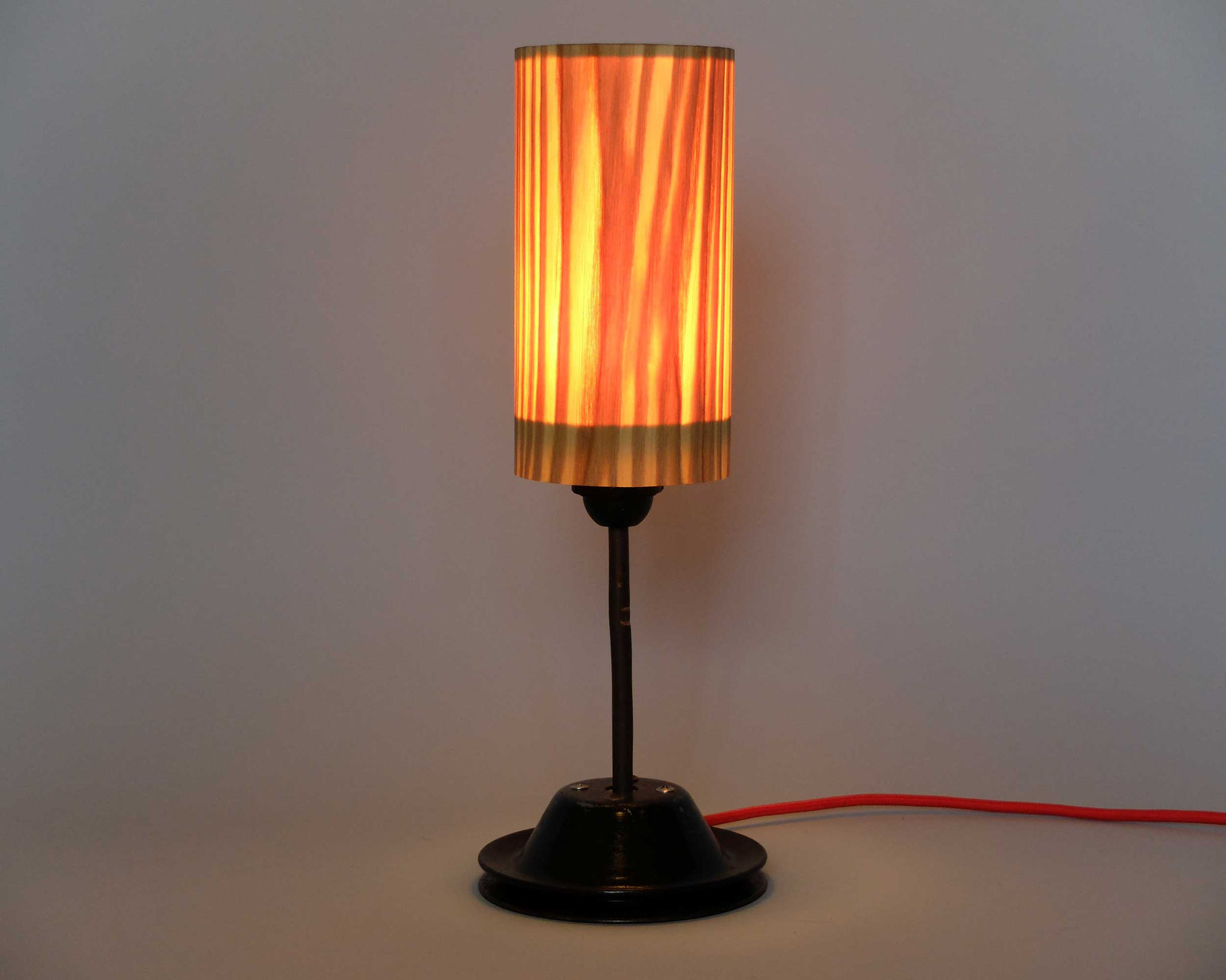 Upcycling Tischlampe Mensula