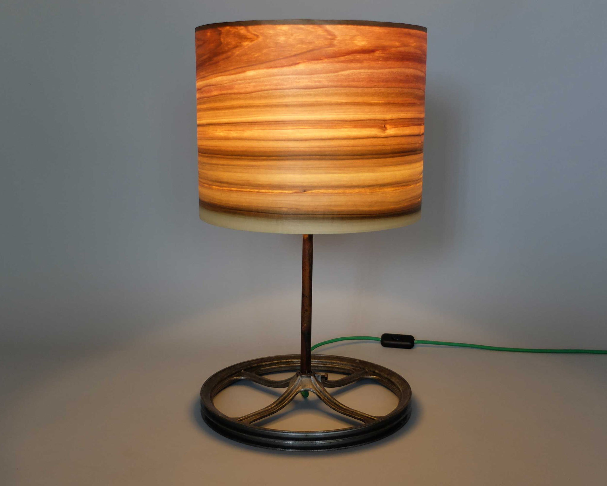 Upcycling Tischlampe Calix
