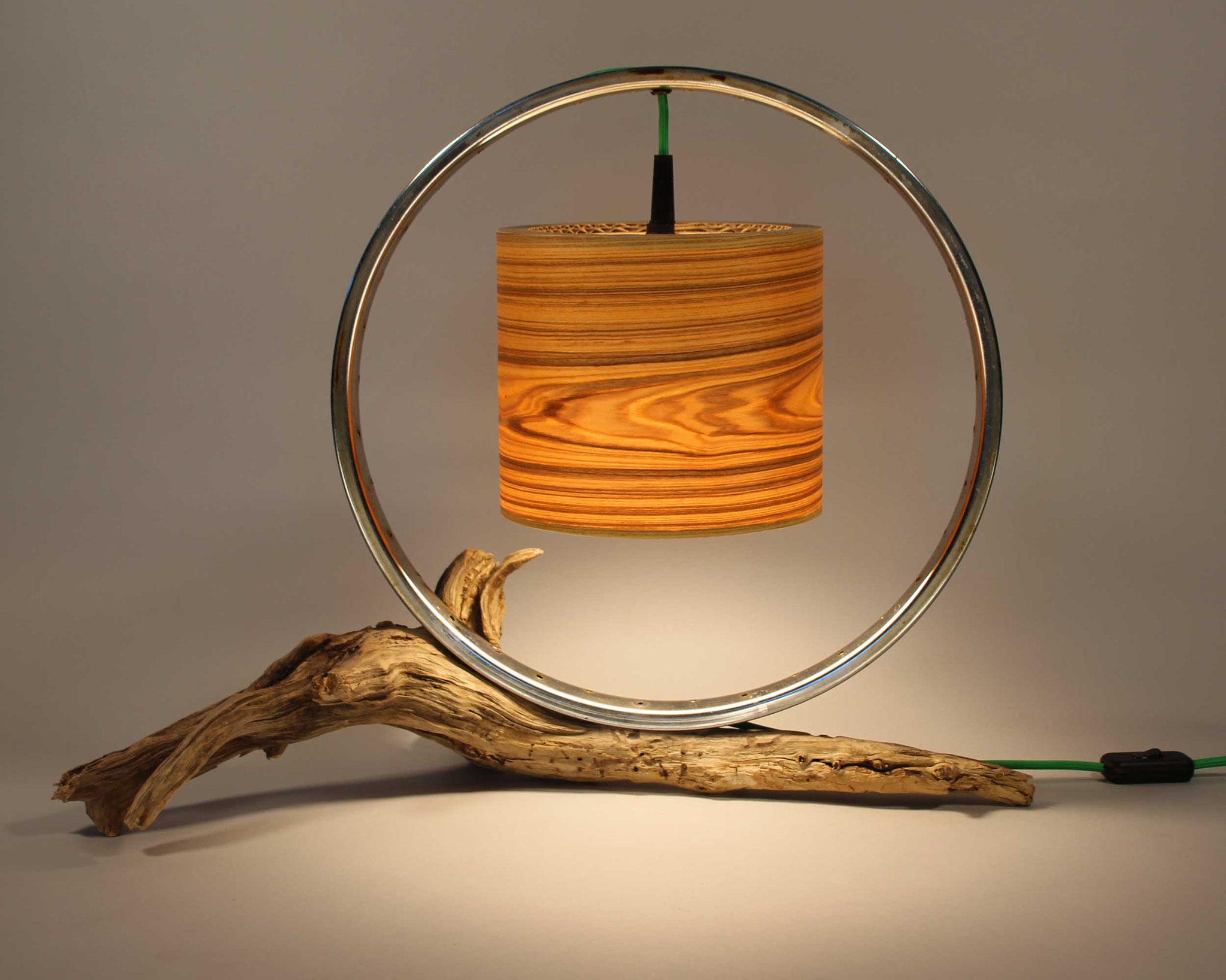 Upcycling Tischlampe Birota III