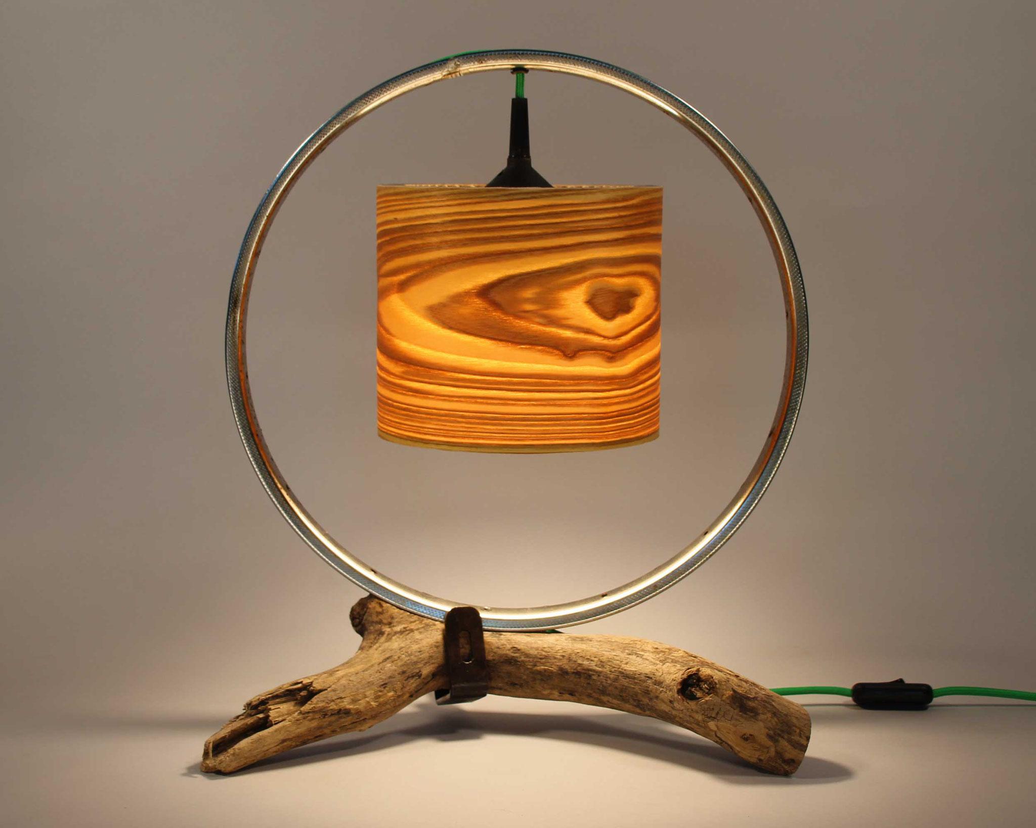 Upcycling Tischlampe Birota II