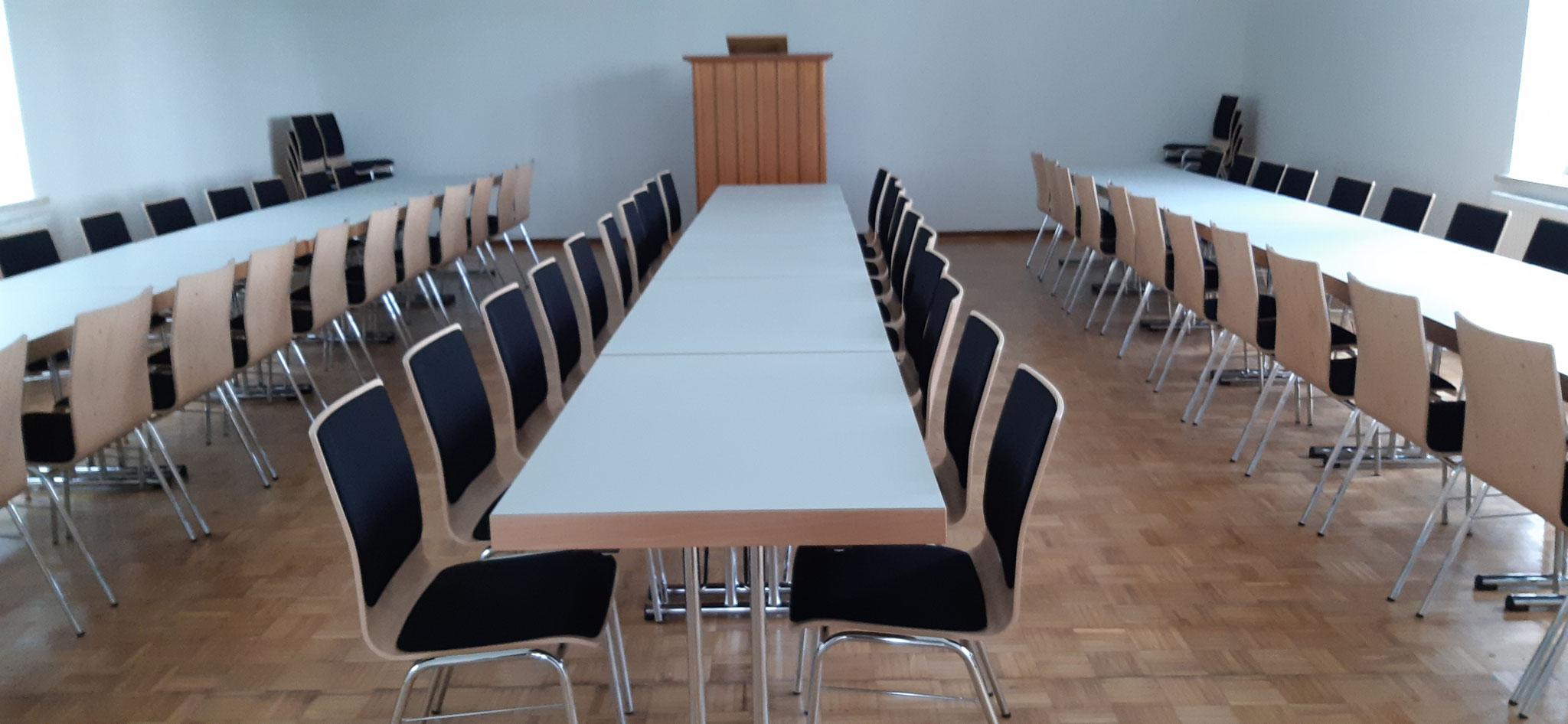 Saal unten für bis zu 80 Personen