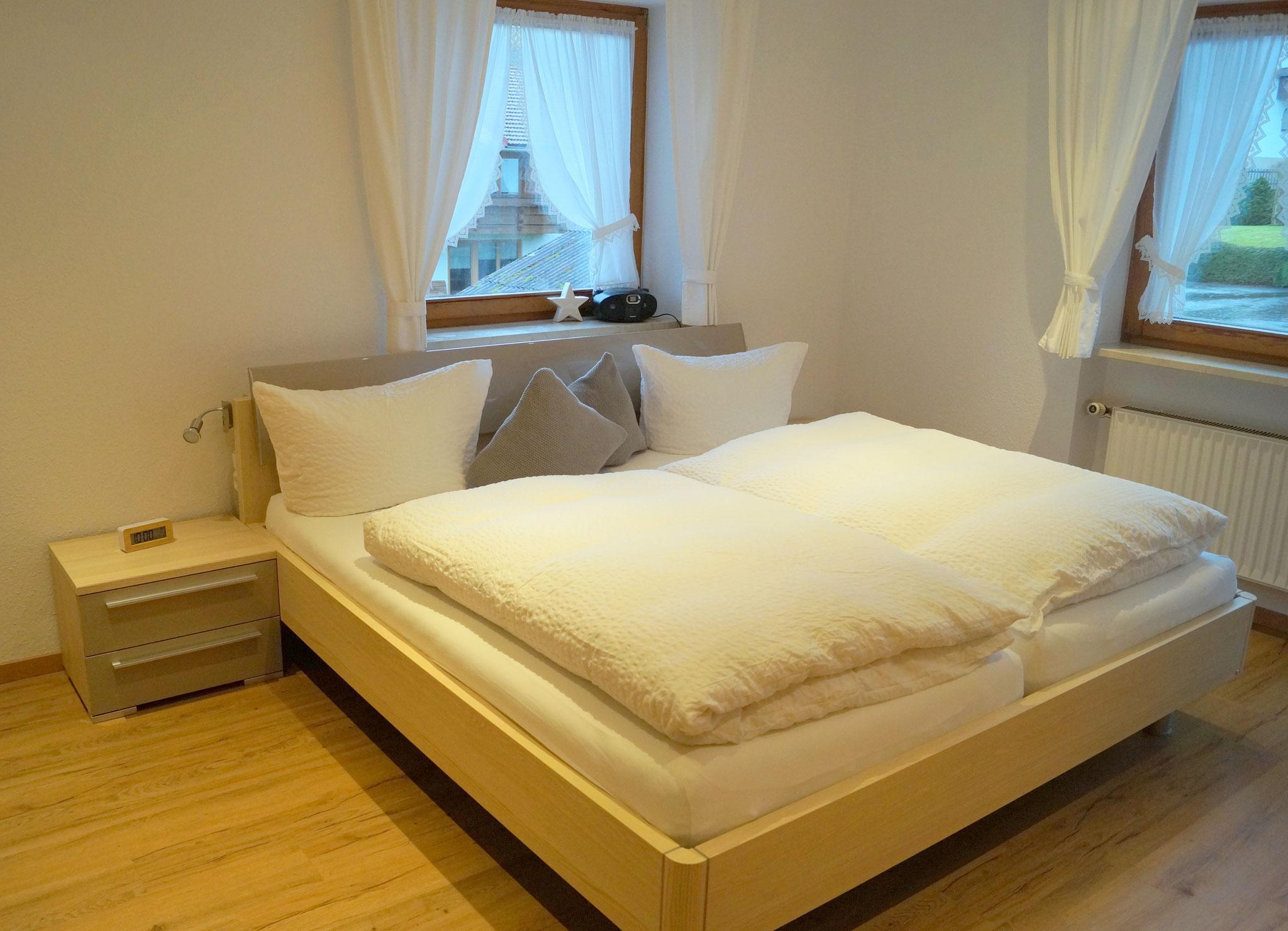 Großes Bett 2 x 2 m