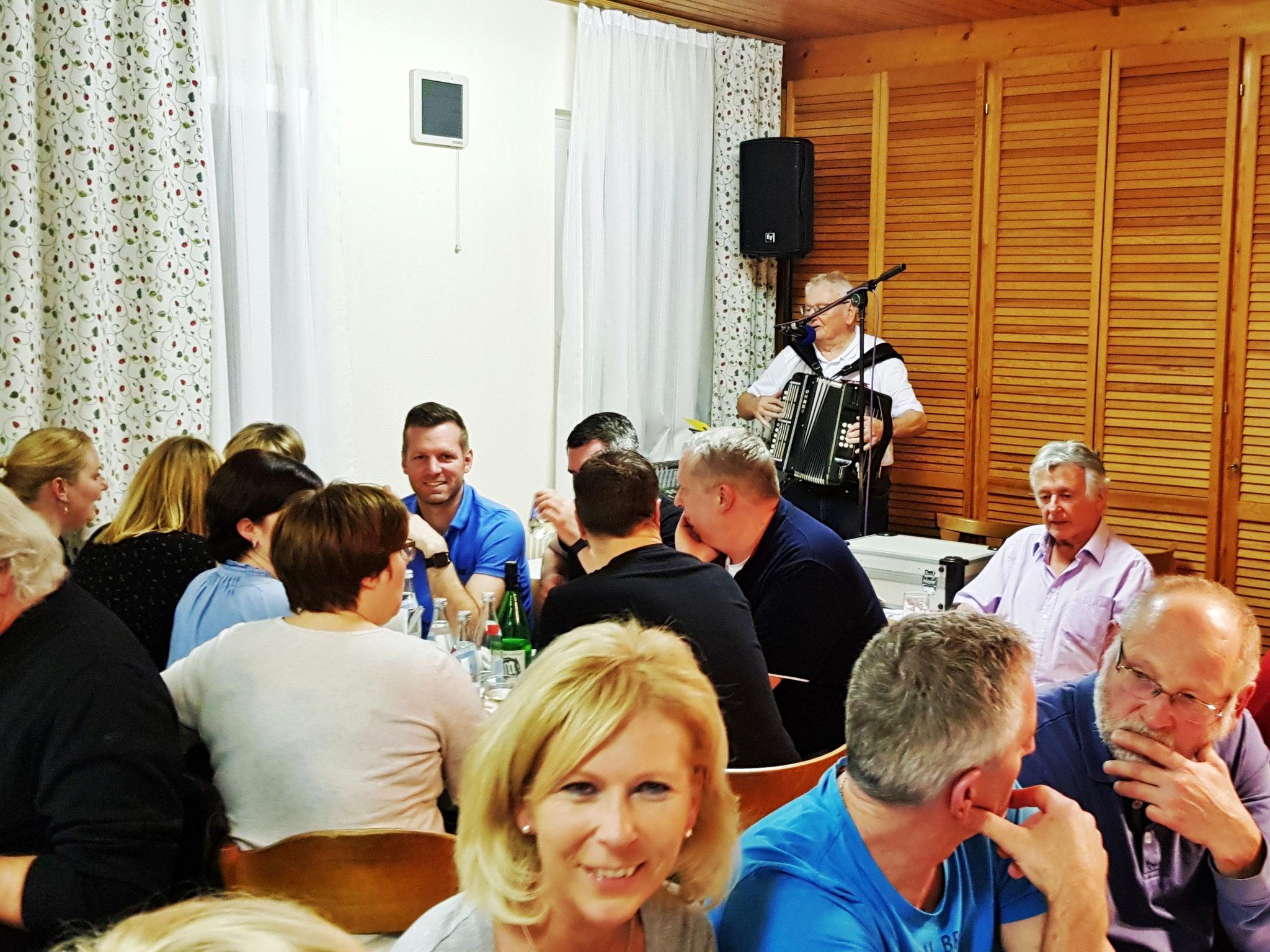MGV - Jubiläums - Besen am 15.02.2020