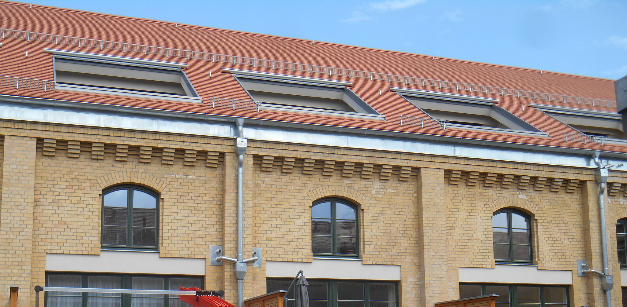 Umbau Sporthalle Th.-Körner-Kaserne in moderne Wohnungen