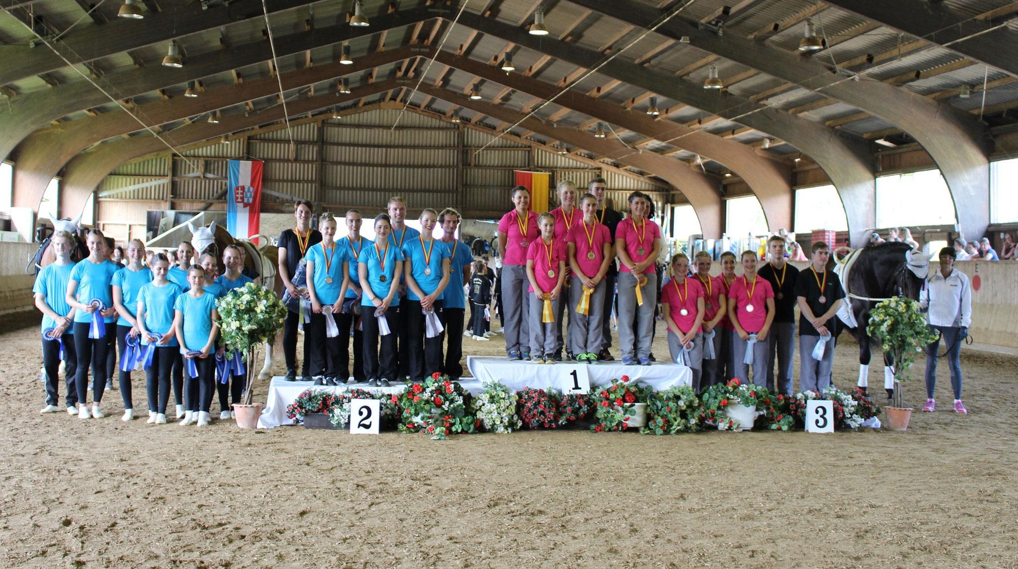 Schwäbsiche Meister Senior-Teams: 1. VRC Weicht 1, 2. Memmingen 1, 3. VRC Weicht 2