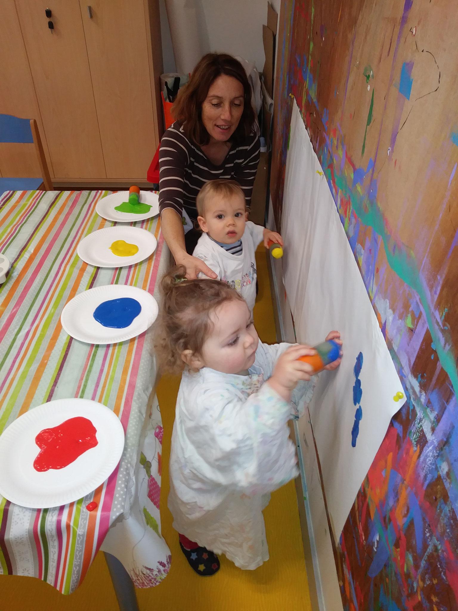 Atelier peinture crèche familiale le 17/01/2019