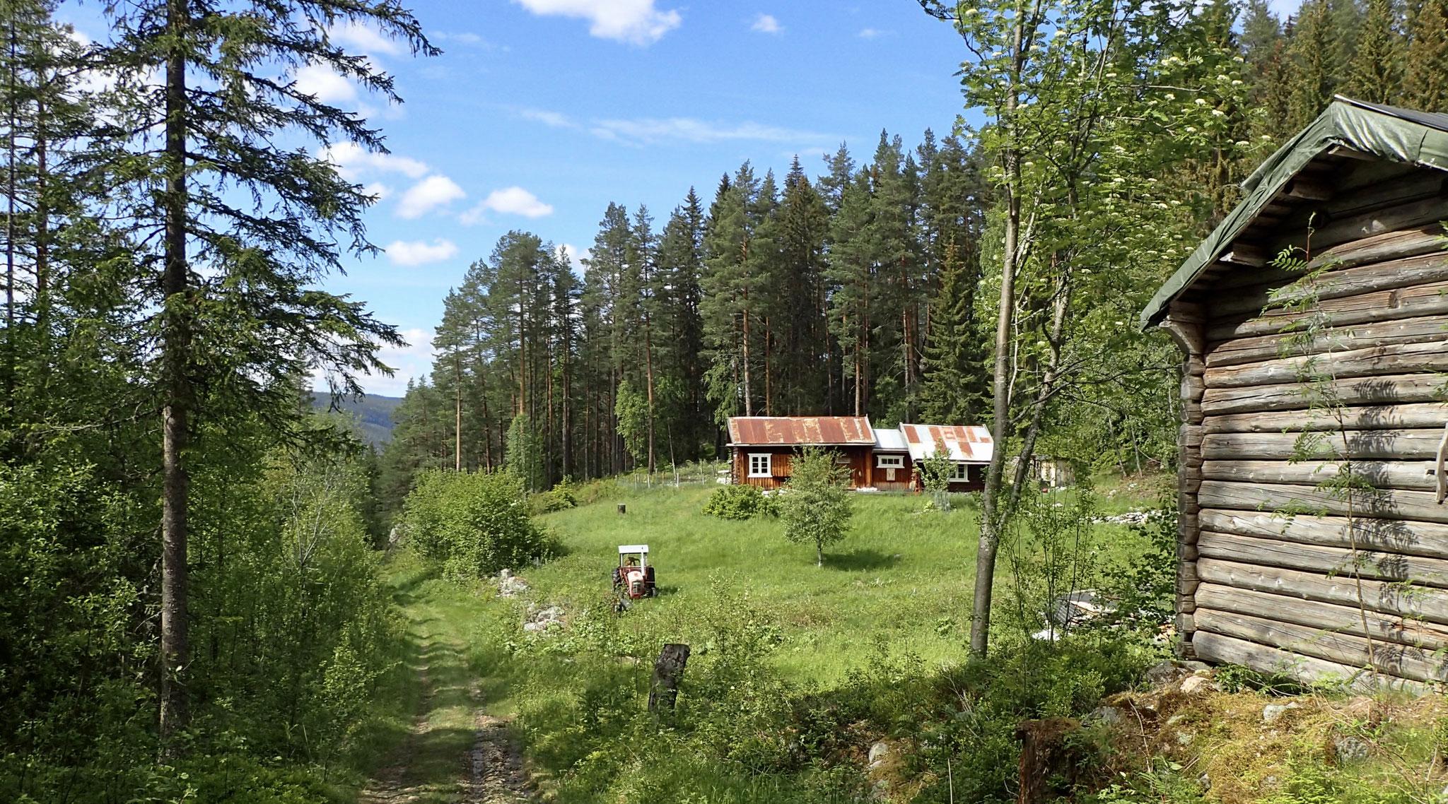 Lislerudkåsa, ehemals direkt an der Hauptstrasse, heute verlassen im Nirgendwo