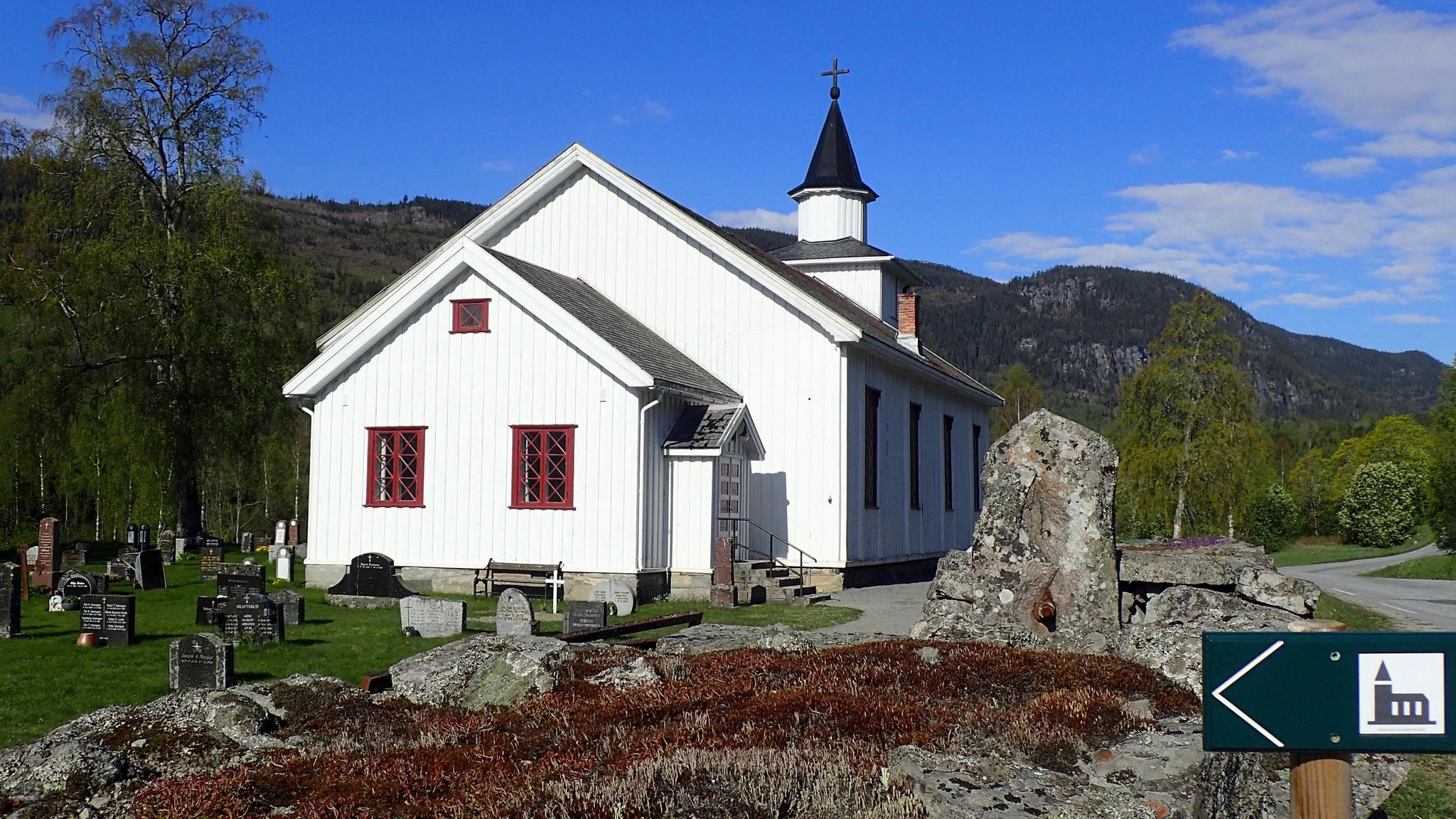 Atrå Kirche