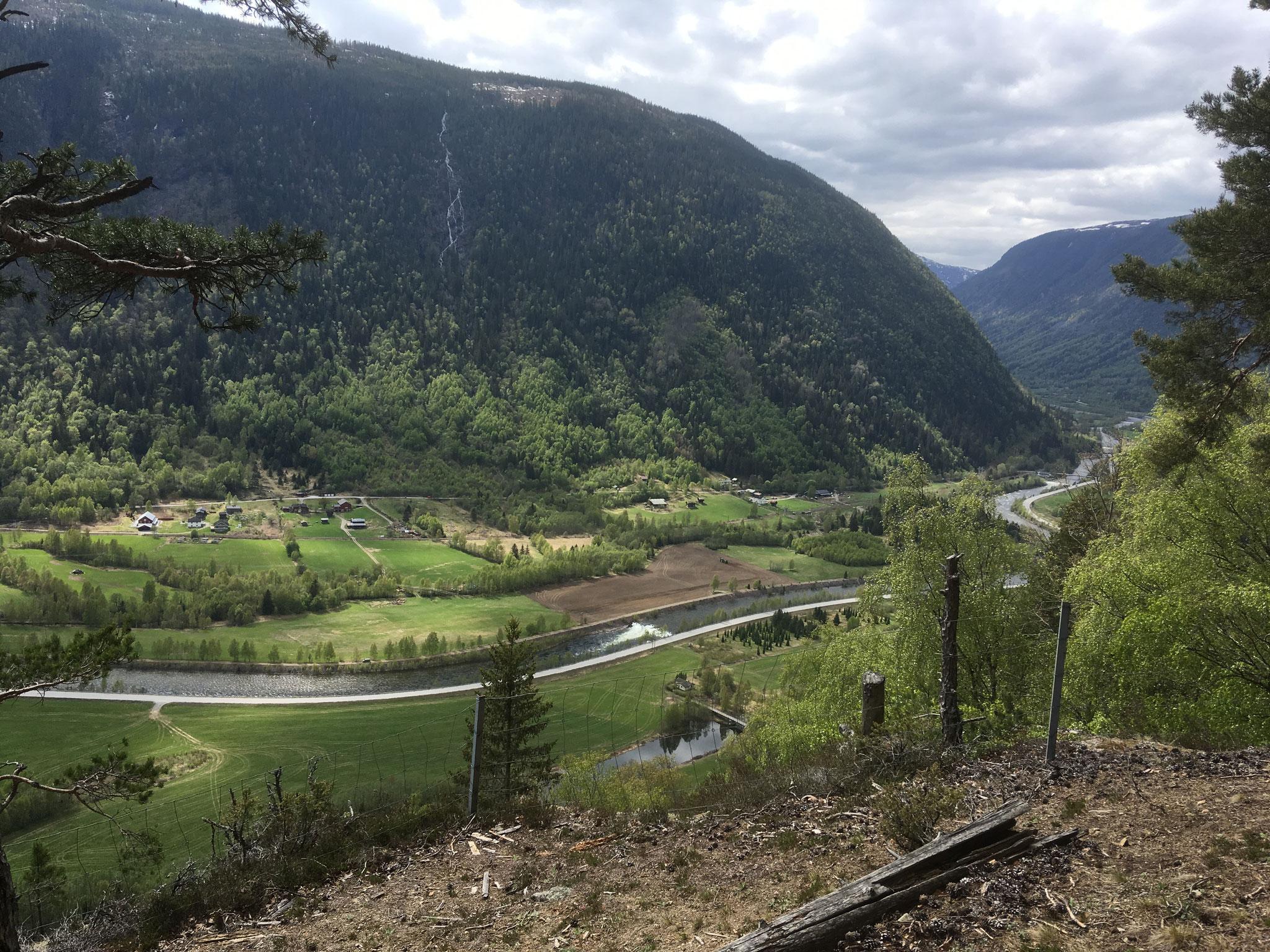 view along Vestfjorddalen towards Rjukan