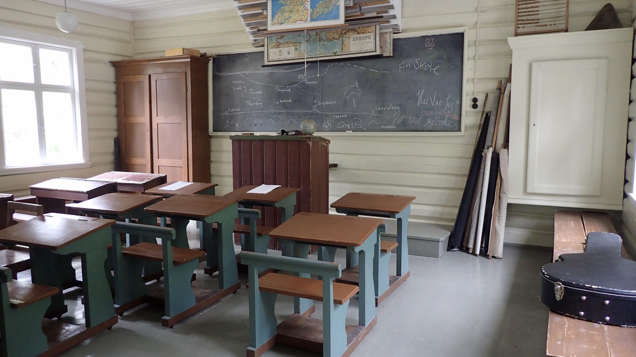 Klassenraum der alten Heie Schule