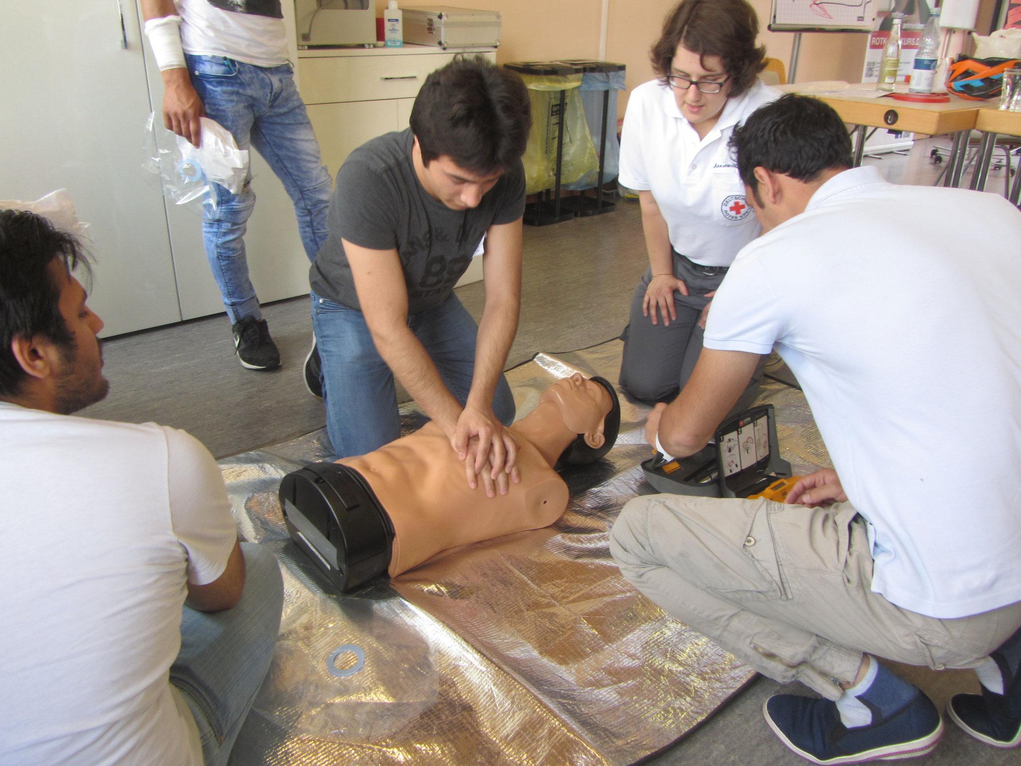 Le massage cardio-respiratoire.