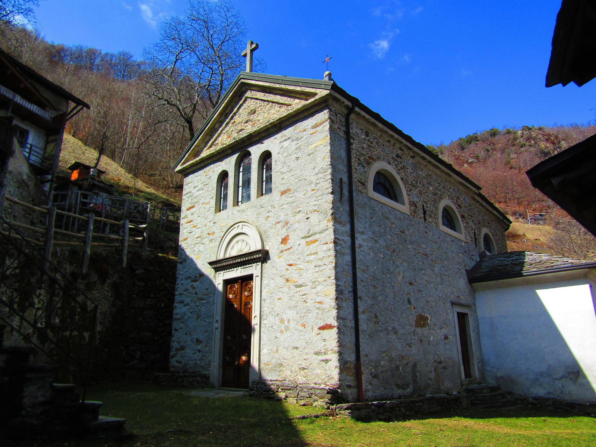 Restaurazione portone antico della chiesa di Sostila, Forcola (SO)