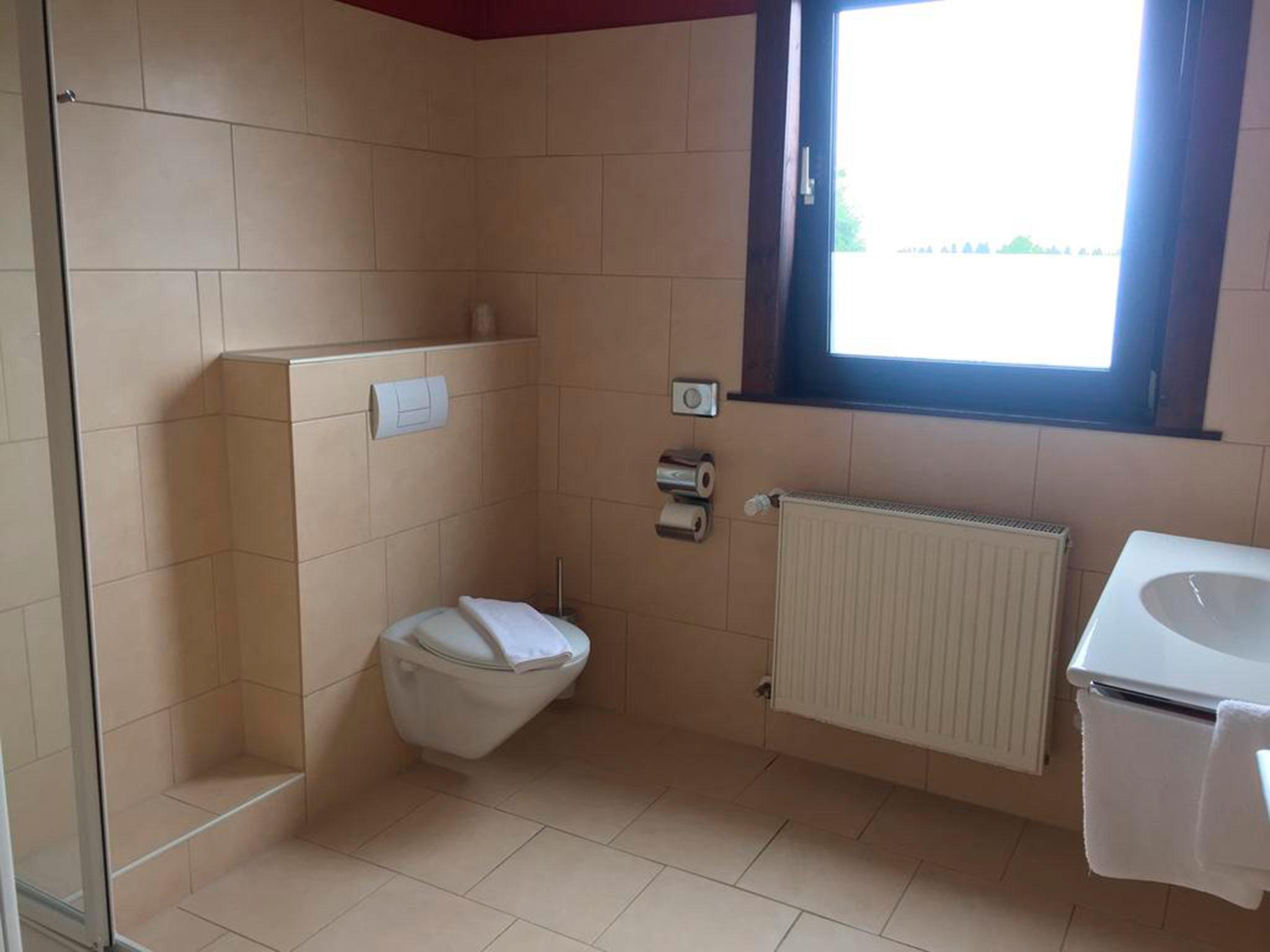 Einzelzimmer+ Bad