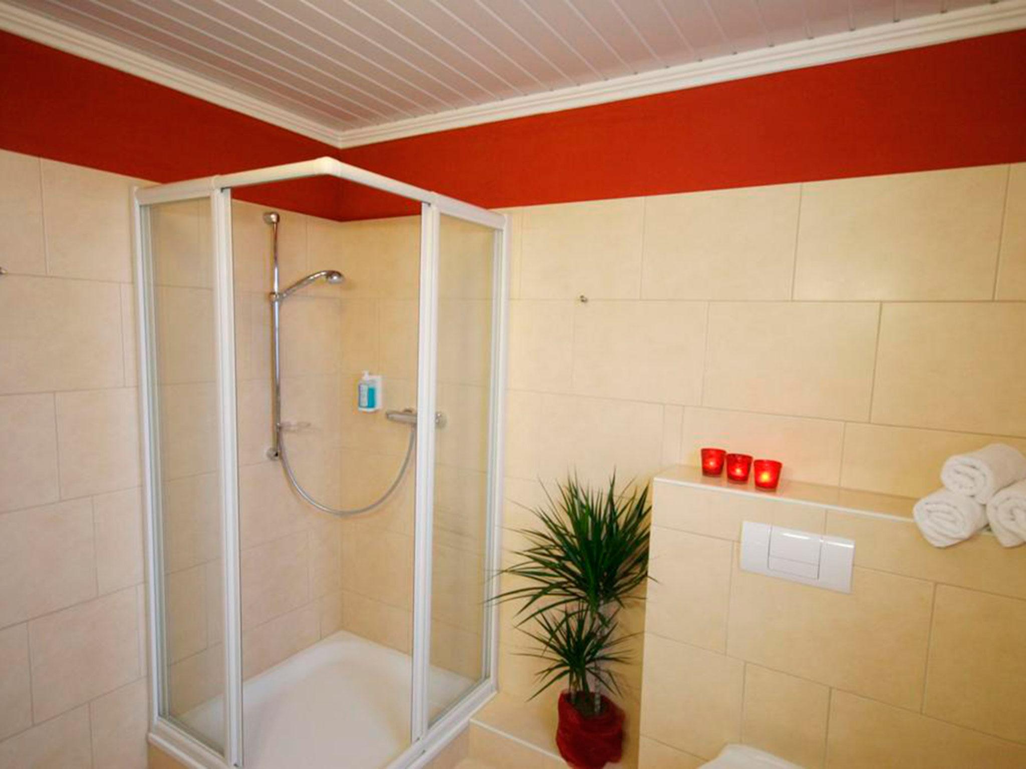 Doppelzimmer Dusche