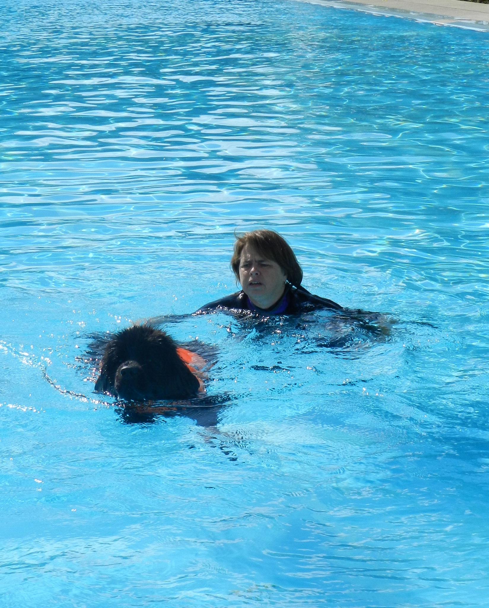 Schwimme mit Daniela, das mache ich gerne