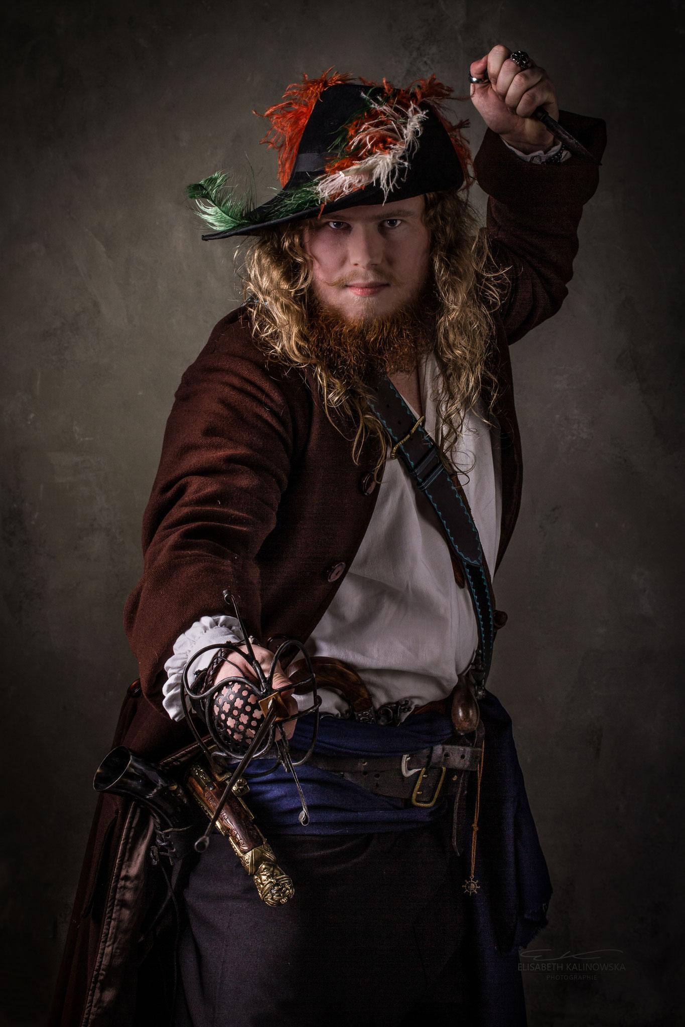 Pirate avec Daghan de Baulon