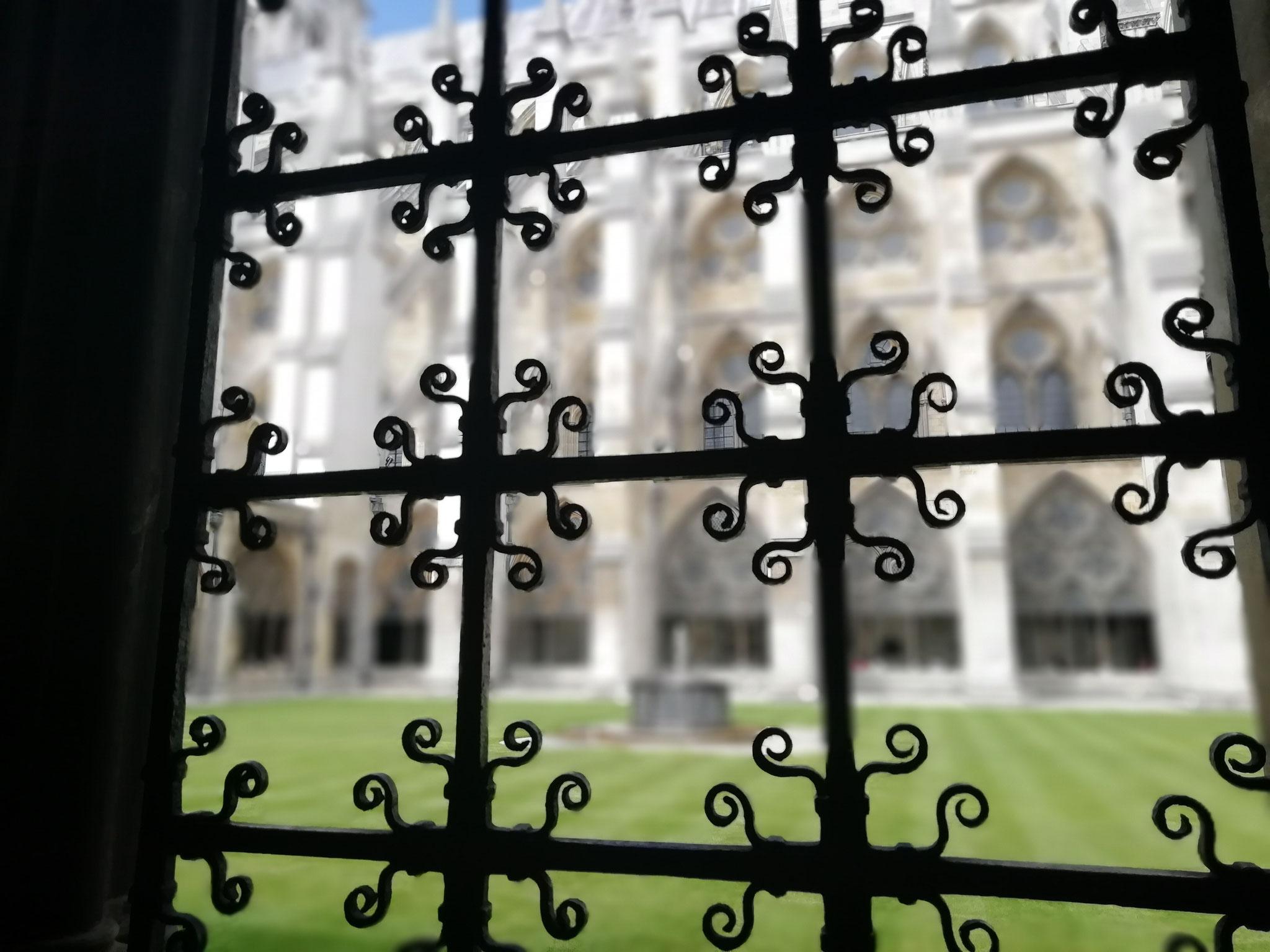 Ein wunderschönes Bild aus dem Kreuzgang von Westminster Abbey.